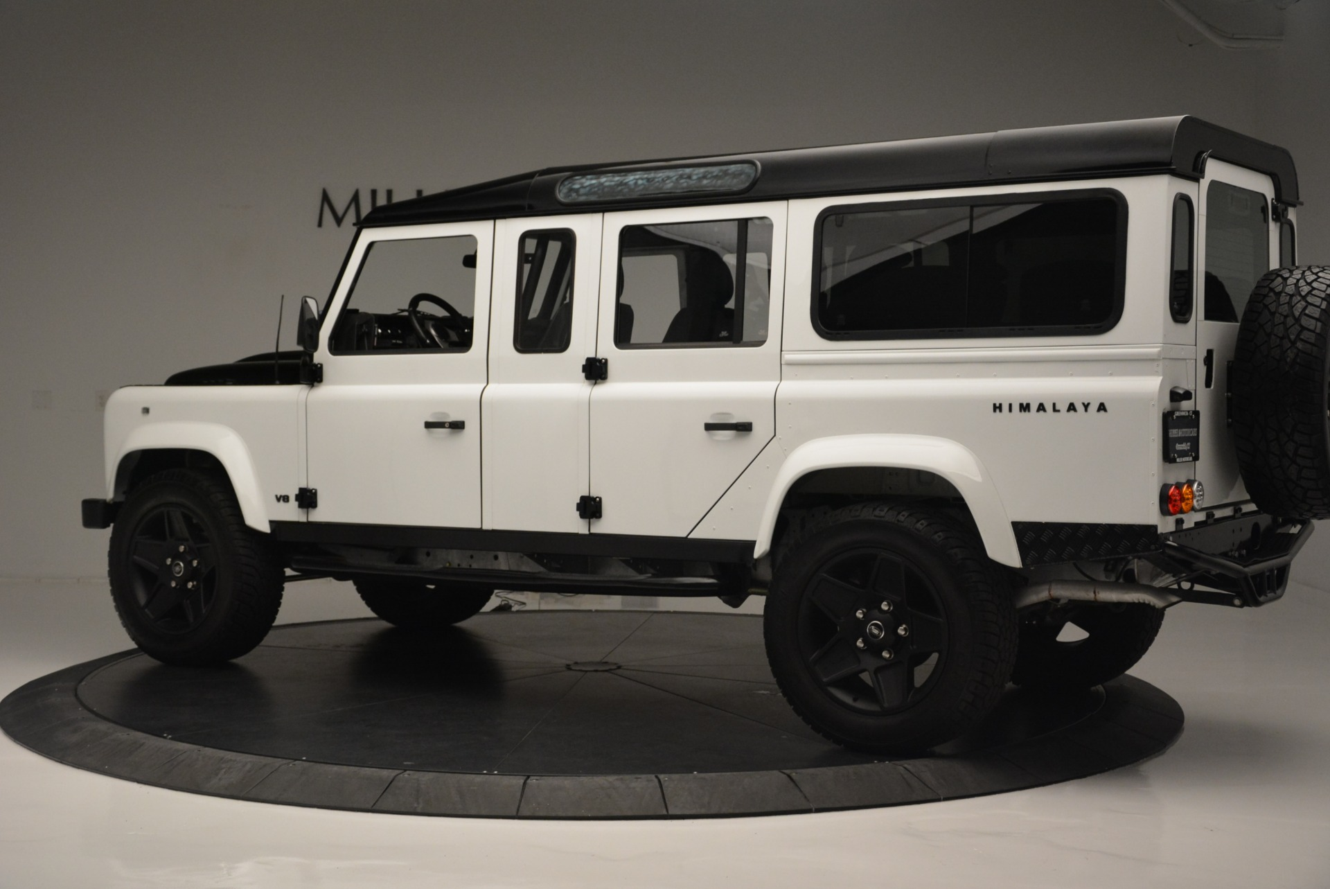 Used 1994 Land Rover Defender 130 Himalaya For Sale In Greenwich, CT. Alfa Romeo of Greenwich, 7392 2374_p4