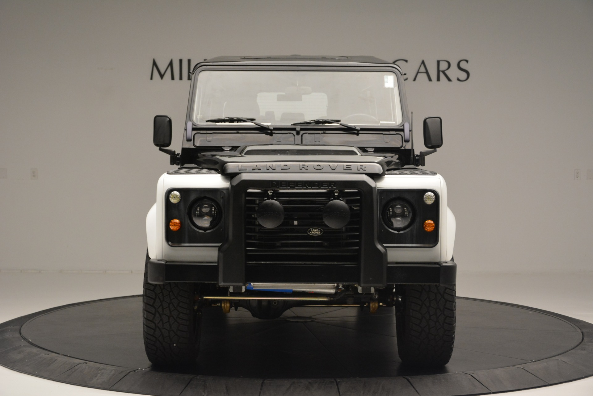 Used 1994 Land Rover Defender 130 Himalaya For Sale In Greenwich, CT. Alfa Romeo of Greenwich, 7392 2374_p6
