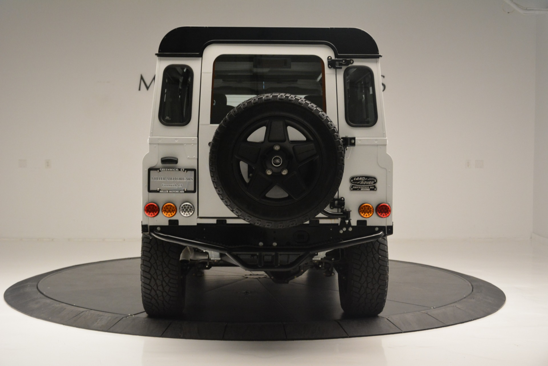 Used 1994 Land Rover Defender 130 Himalaya For Sale In Greenwich, CT. Alfa Romeo of Greenwich, 7392 2374_p7