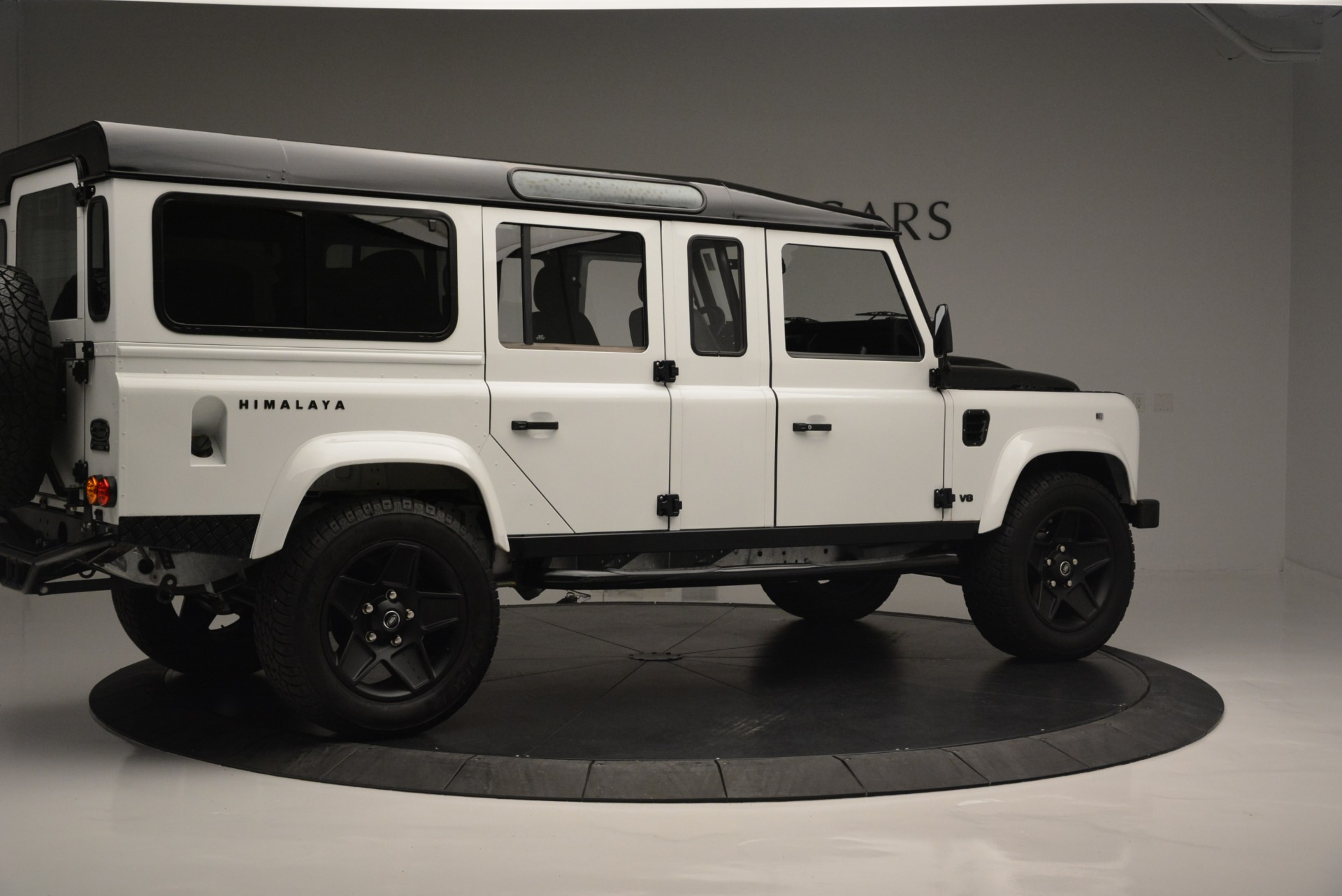 Used 1994 Land Rover Defender 130 Himalaya For Sale In Greenwich, CT. Alfa Romeo of Greenwich, 7392 2374_p9