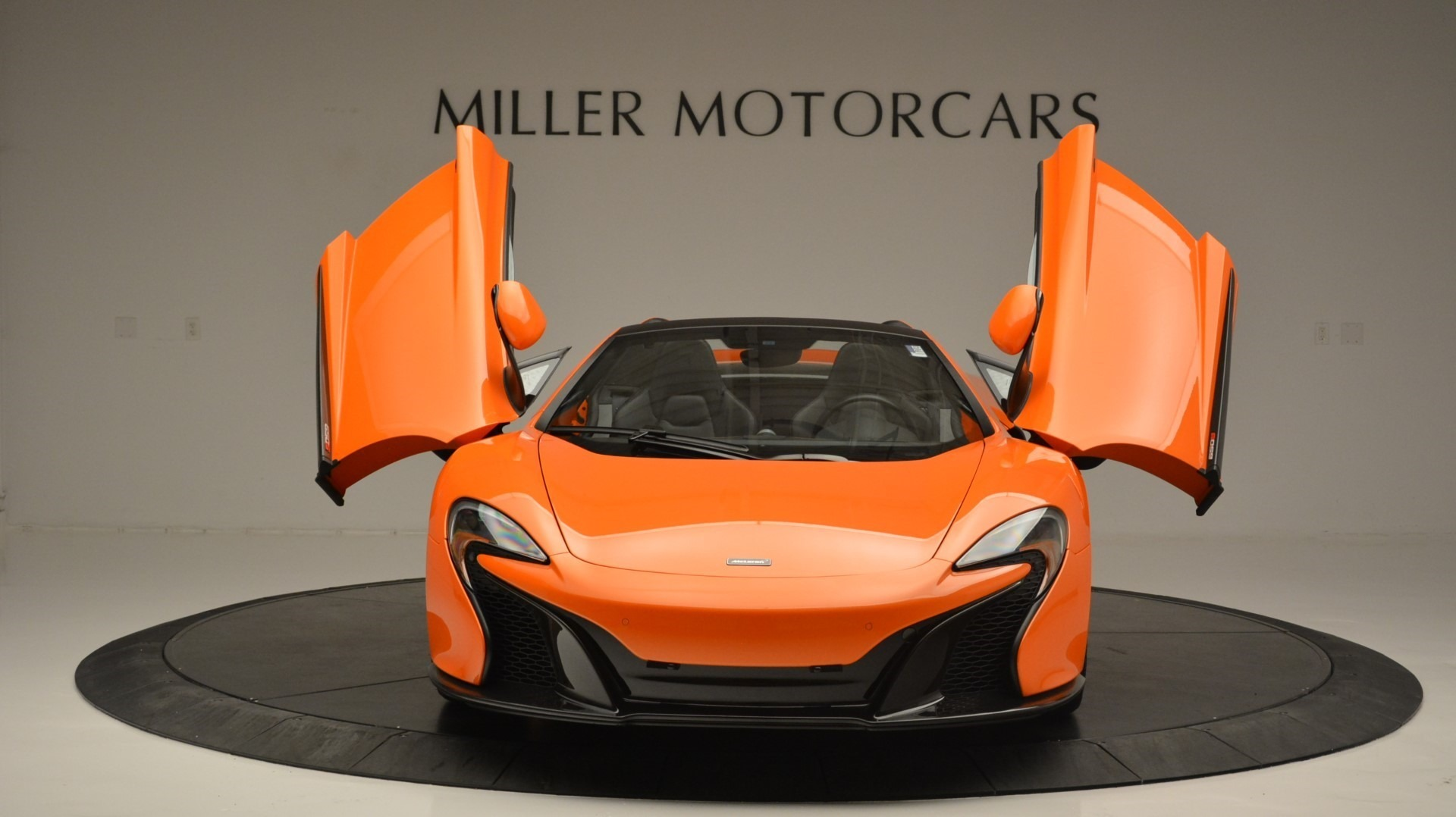 Used 2015 McLaren 650S Spider Convertible For Sale In Greenwich, CT. Alfa Romeo of Greenwich, 3142 2375_p13