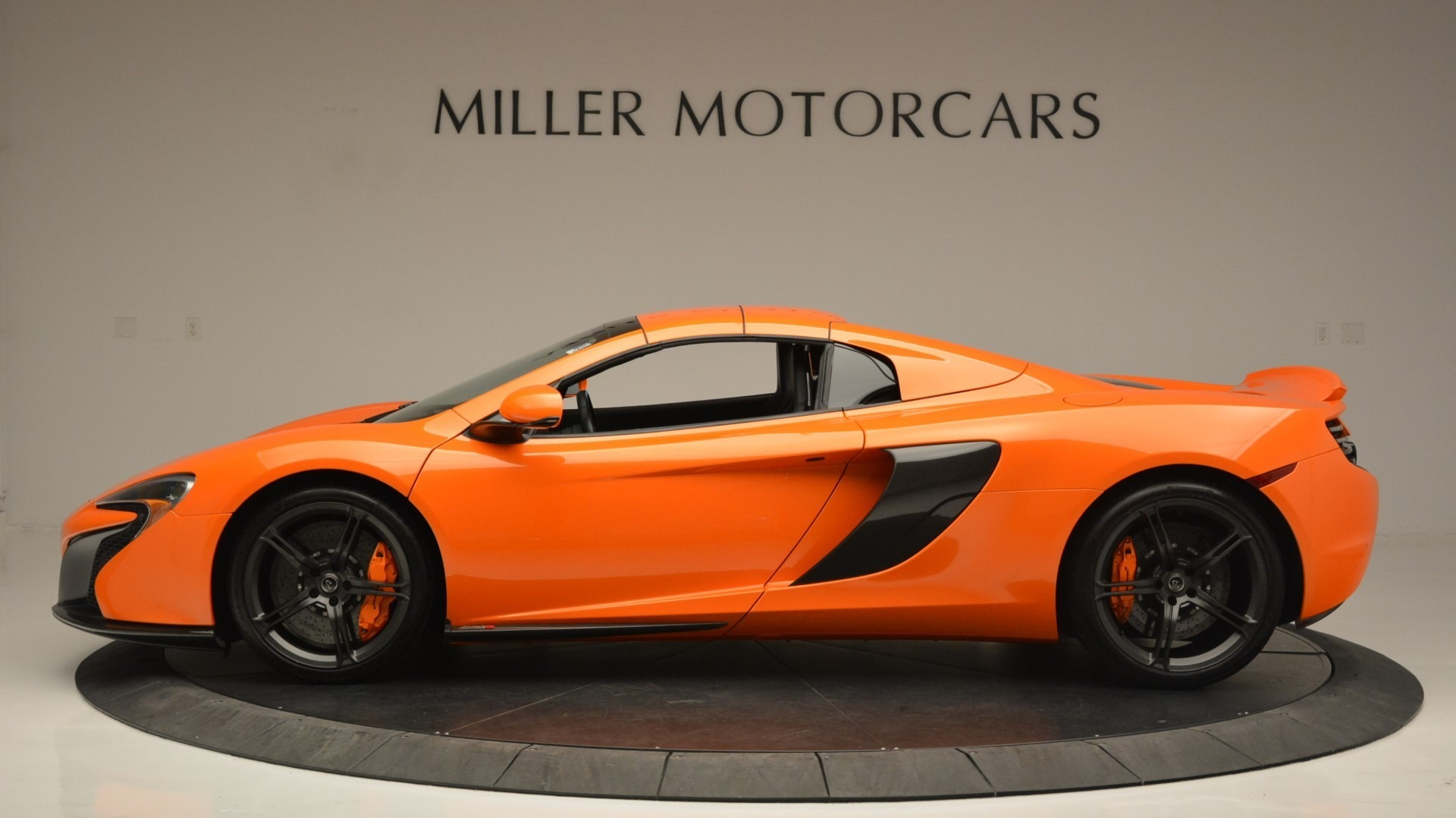 Used 2015 McLaren 650S Spider Convertible For Sale In Greenwich, CT. Alfa Romeo of Greenwich, 3142 2375_p16