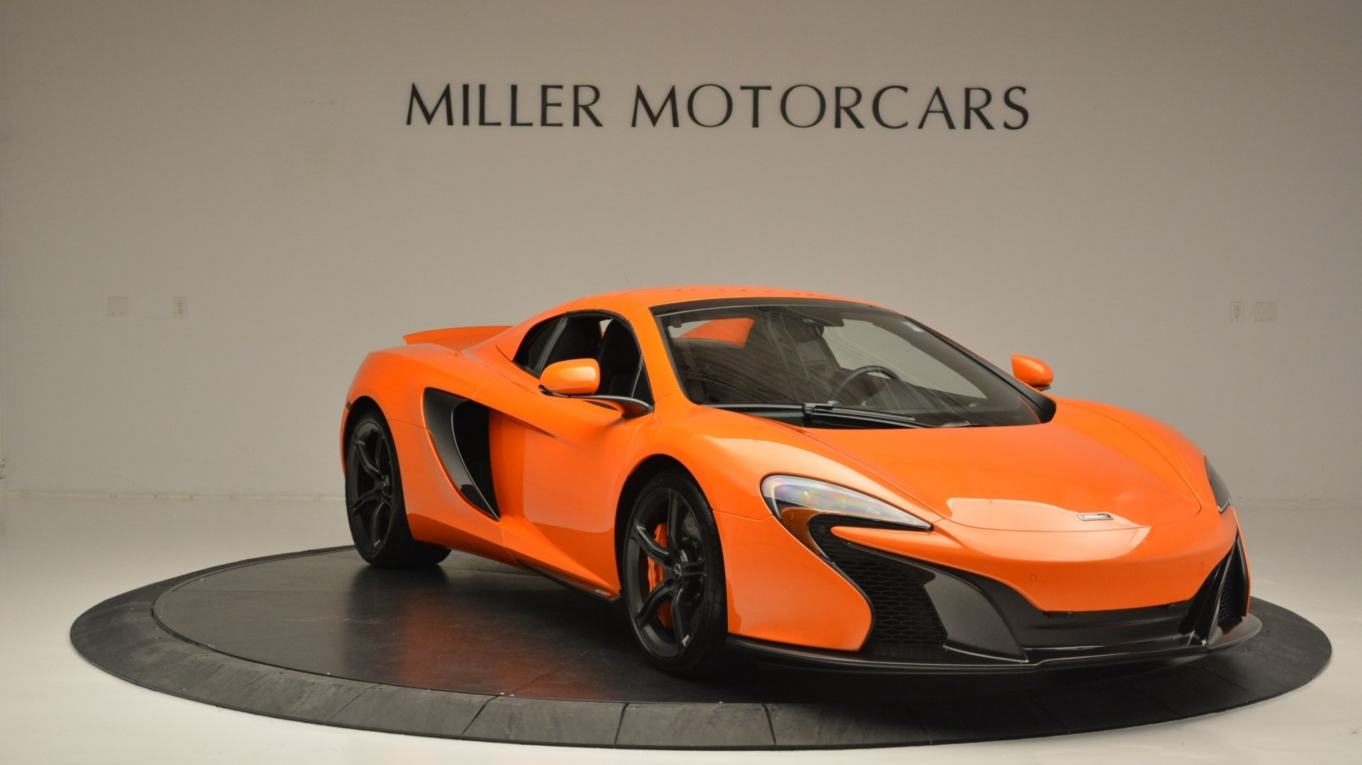 Used 2015 McLaren 650S Spider Convertible For Sale In Greenwich, CT. Alfa Romeo of Greenwich, 3142 2375_p21