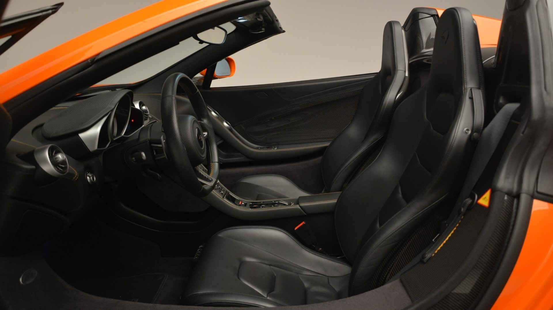 Used 2015 McLaren 650S Spider Convertible For Sale In Greenwich, CT. Alfa Romeo of Greenwich, 3142 2375_p22