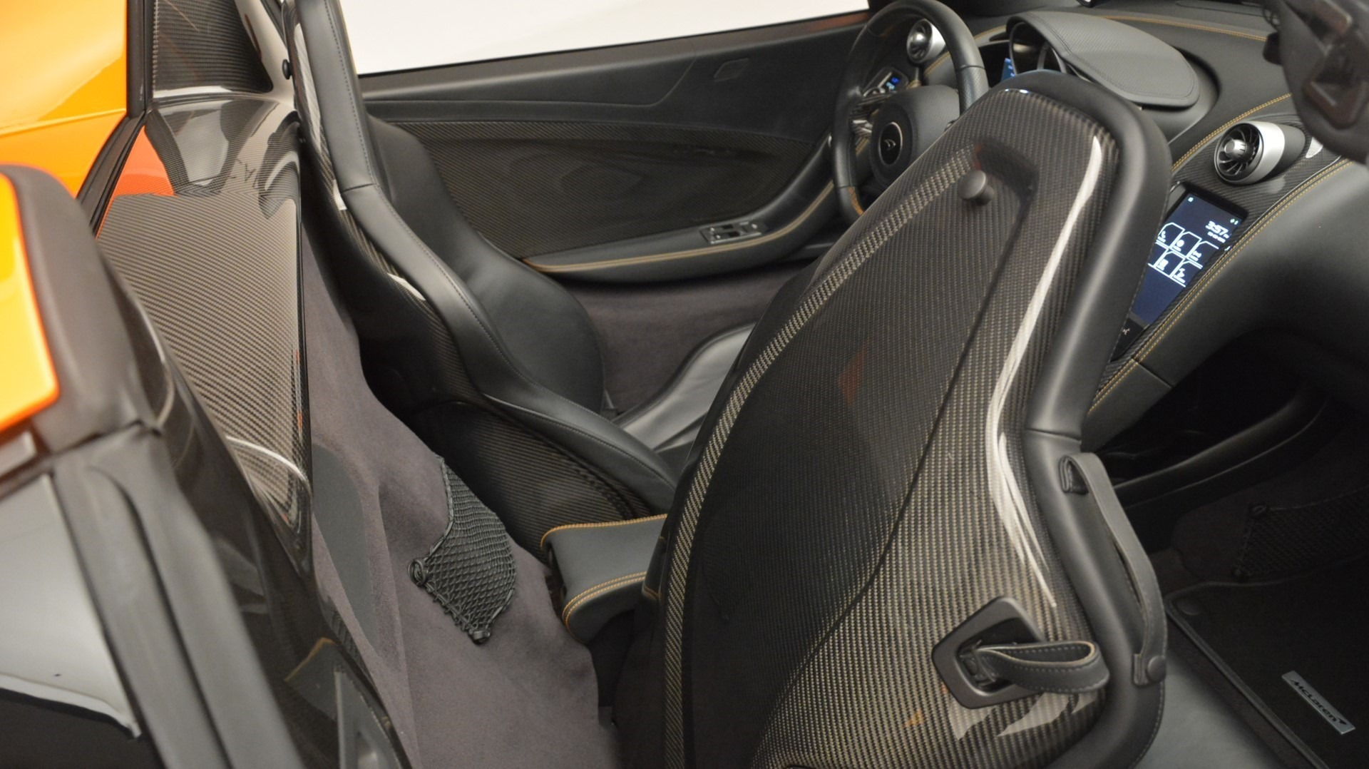 Used 2015 McLaren 650S Spider Convertible For Sale In Greenwich, CT. Alfa Romeo of Greenwich, 3142 2375_p25