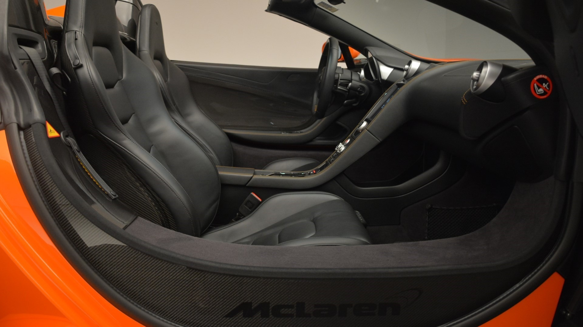 Used 2015 McLaren 650S Spider Convertible For Sale In Greenwich, CT. Alfa Romeo of Greenwich, 3142 2375_p26