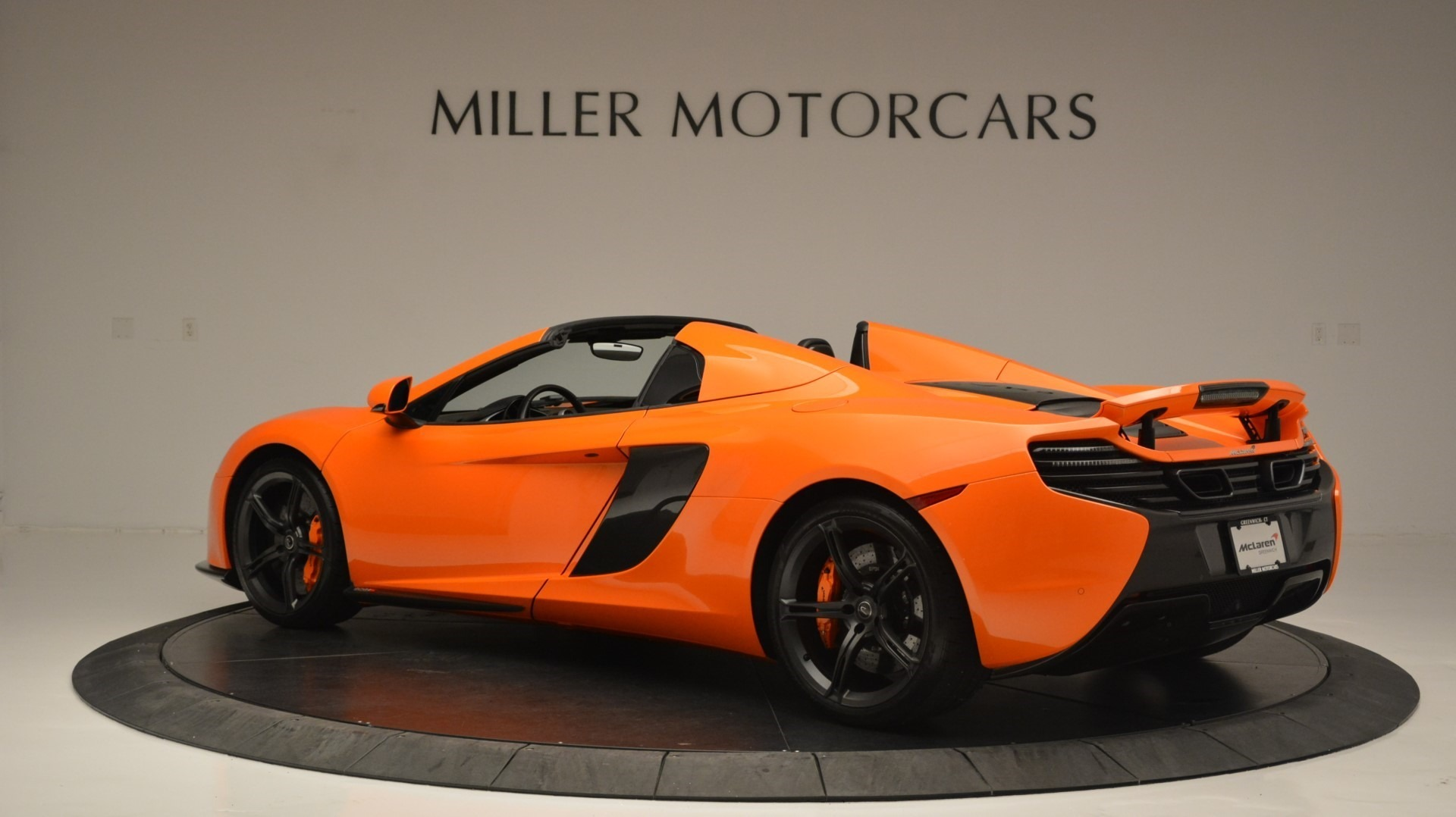 Used 2015 McLaren 650S Spider Convertible For Sale In Greenwich, CT. Alfa Romeo of Greenwich, 3142 2375_p4