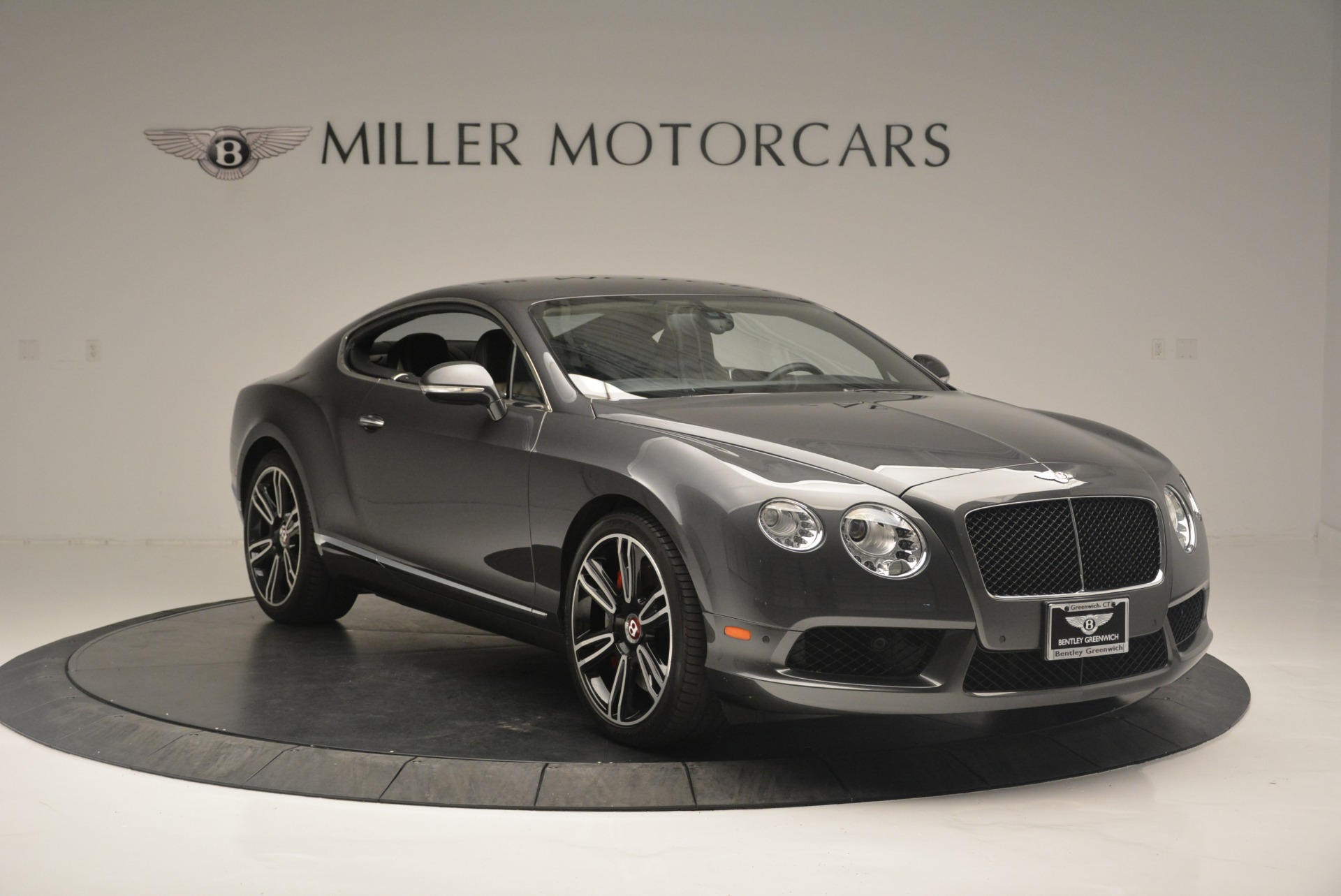 Used 2013 Bentley Continental GT V8 For Sale In Greenwich, CT. Alfa Romeo of Greenwich, 4482A 2377_p11