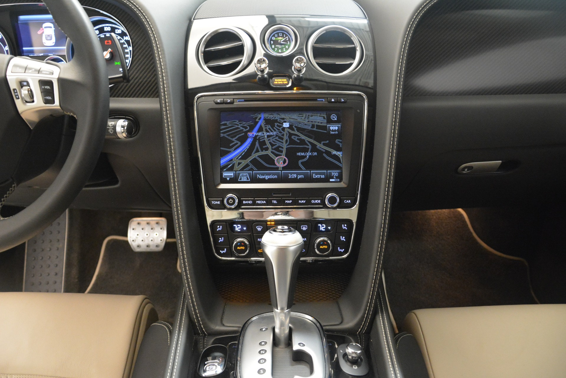Used 2013 Bentley Continental GT V8 For Sale In Greenwich, CT. Alfa Romeo of Greenwich, 4482A 2377_p28