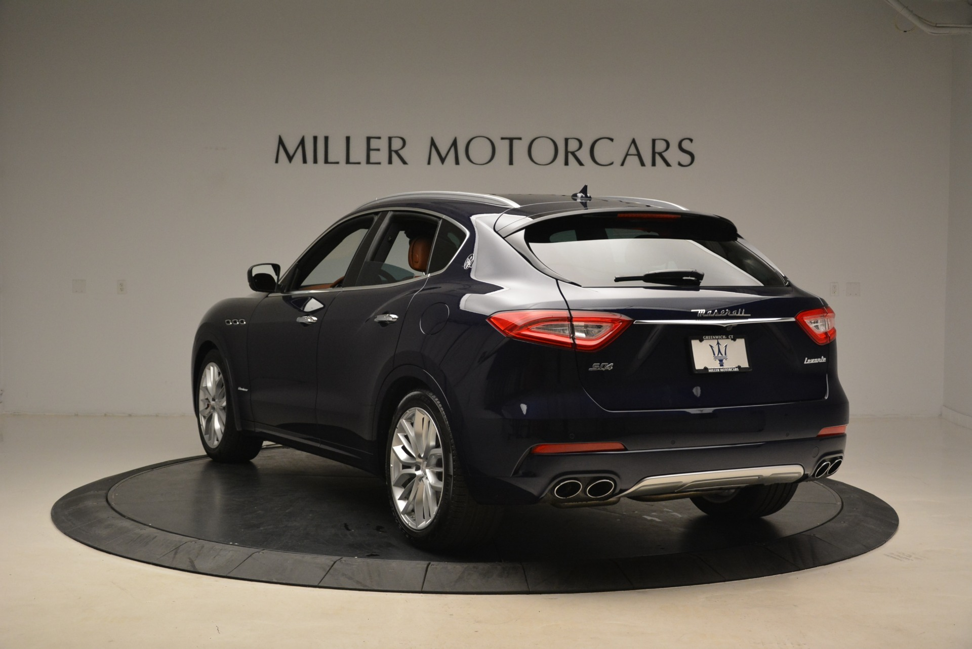 New 2018 Maserati Levante S Q4 GranLusso For Sale In Greenwich, CT. Alfa Romeo of Greenwich, W604 2384_p4