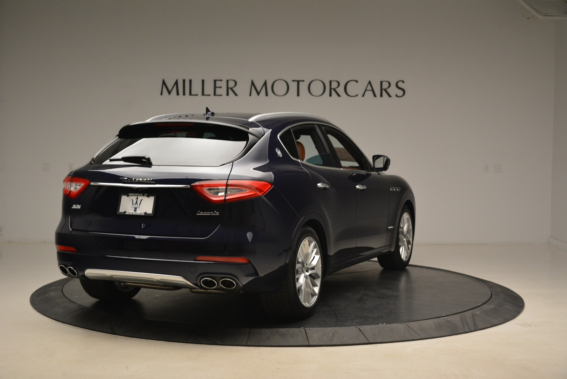 New 2018 Maserati Levante S Q4 GranLusso For Sale In Greenwich, CT. Alfa Romeo of Greenwich, W604 2384_p6