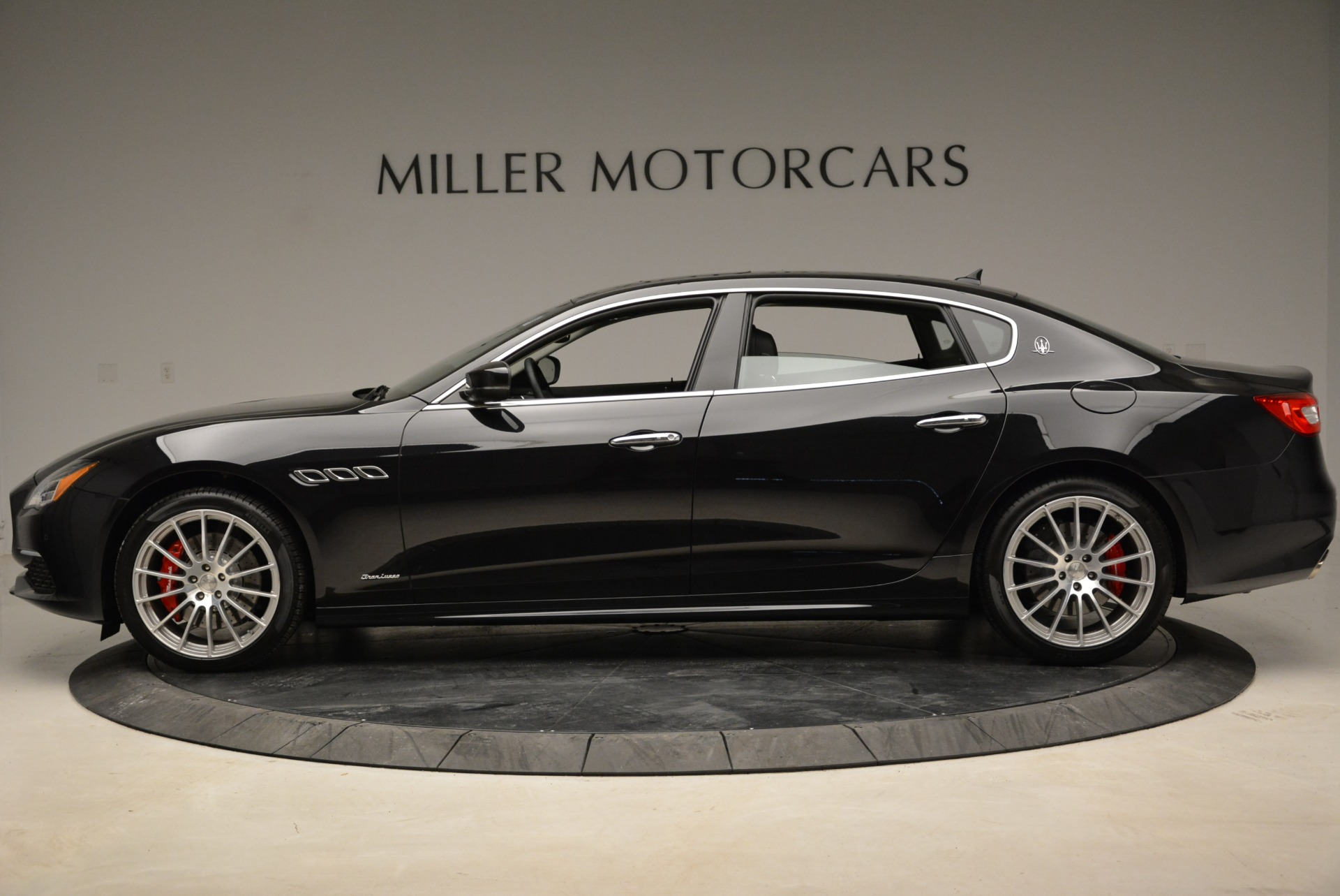 New 2018 Maserati Quattroporte S Q4 GranLusso For Sale In Greenwich, CT. Alfa Romeo of Greenwich, W606 2386_p3