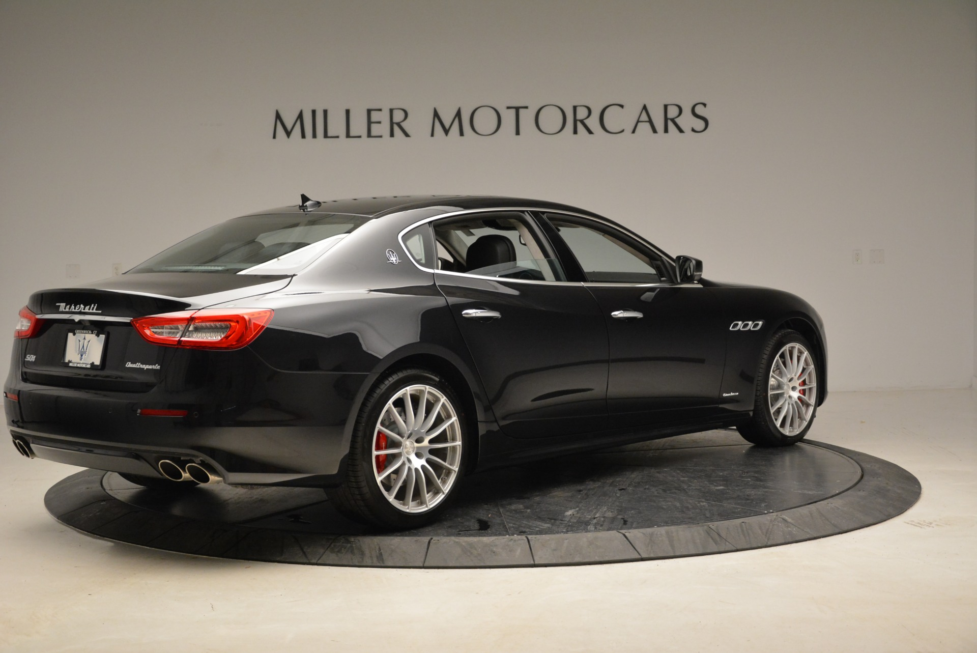New 2018 Maserati Quattroporte S Q4 GranLusso For Sale In Greenwich, CT. Alfa Romeo of Greenwich, W606 2386_p8