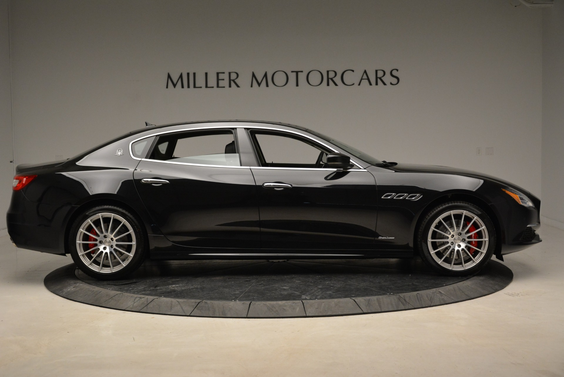 New 2018 Maserati Quattroporte S Q4 GranLusso For Sale In Greenwich, CT. Alfa Romeo of Greenwich, W606 2386_p9