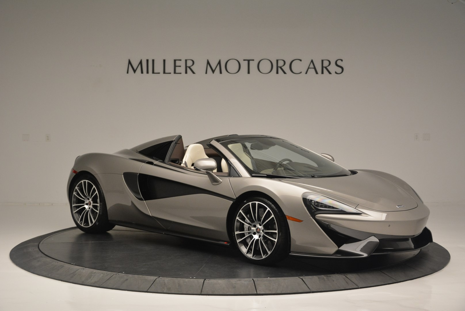 New 2018 McLaren 570S Spider For Sale In Greenwich, CT. Alfa Romeo of Greenwich, MC361 2387_p10