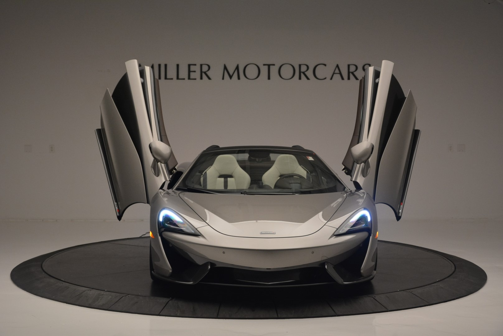 New 2018 McLaren 570S Spider For Sale In Greenwich, CT. Alfa Romeo of Greenwich, MC361 2387_p12