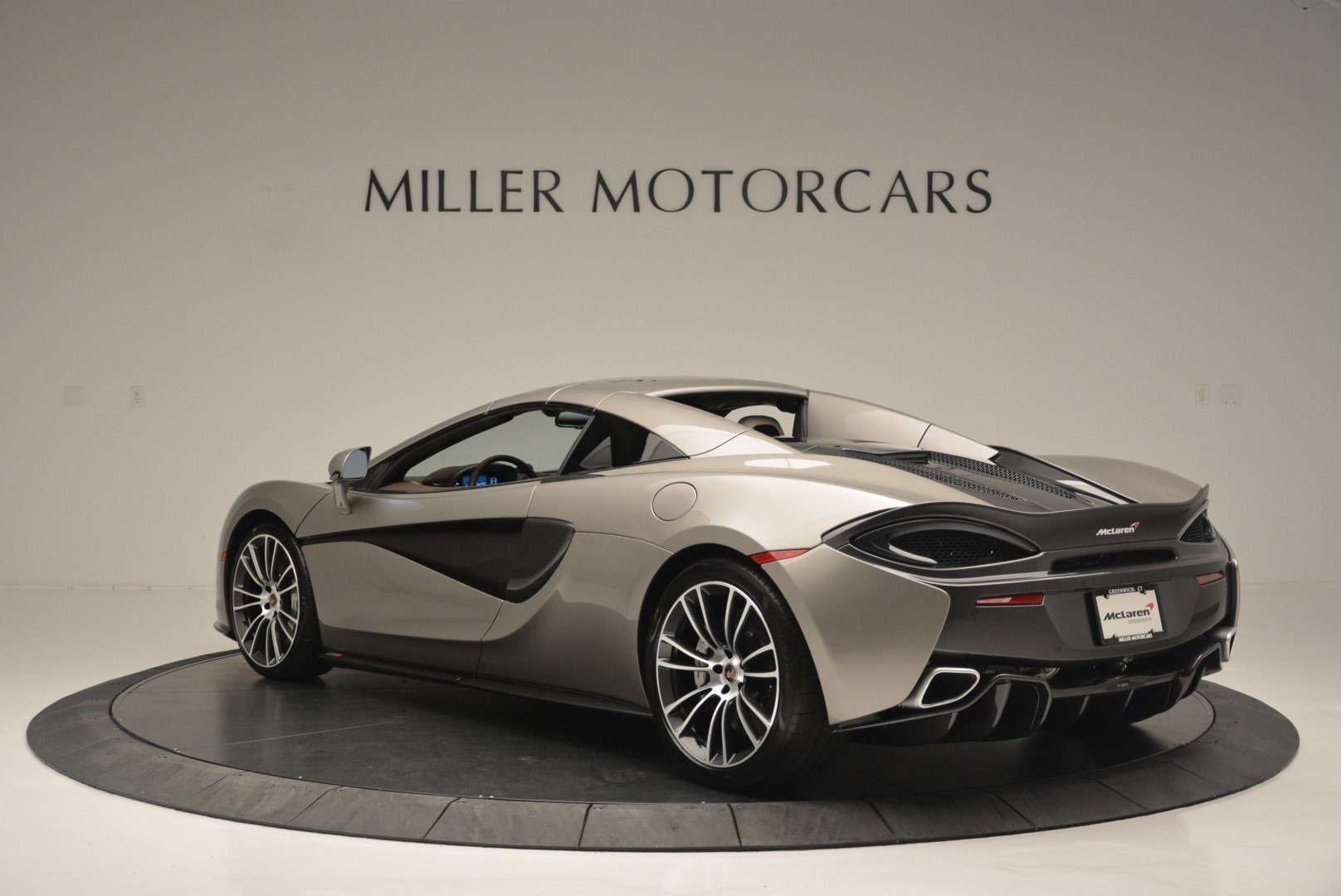 New 2018 McLaren 570S Spider For Sale In Greenwich, CT. Alfa Romeo of Greenwich, MC361 2387_p16
