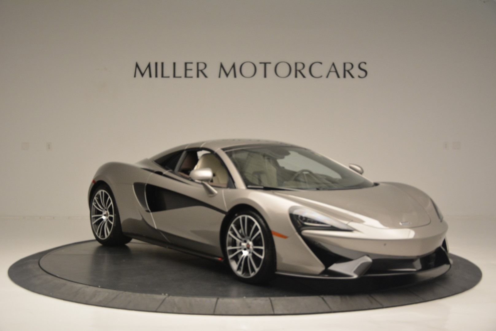 New 2018 McLaren 570S Spider For Sale In Greenwich, CT. Alfa Romeo of Greenwich, MC361 2387_p20