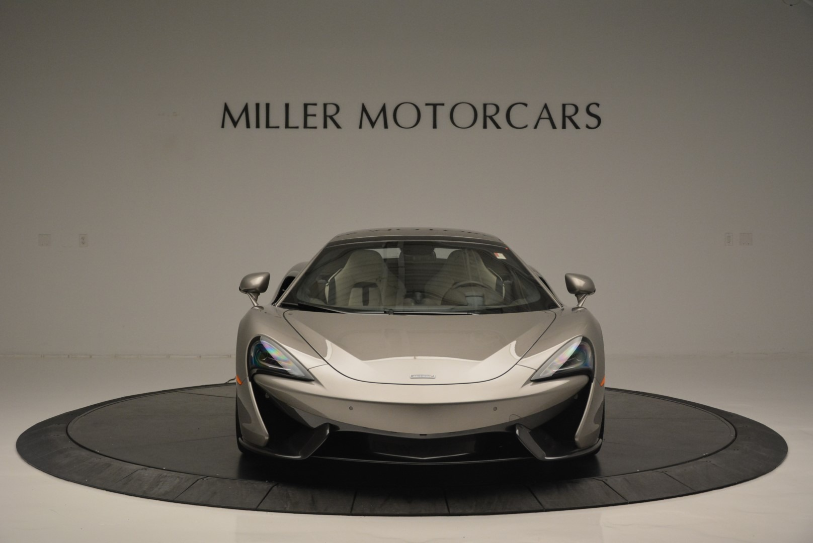 New 2018 McLaren 570S Spider For Sale In Greenwich, CT. Alfa Romeo of Greenwich, MC361 2387_p21