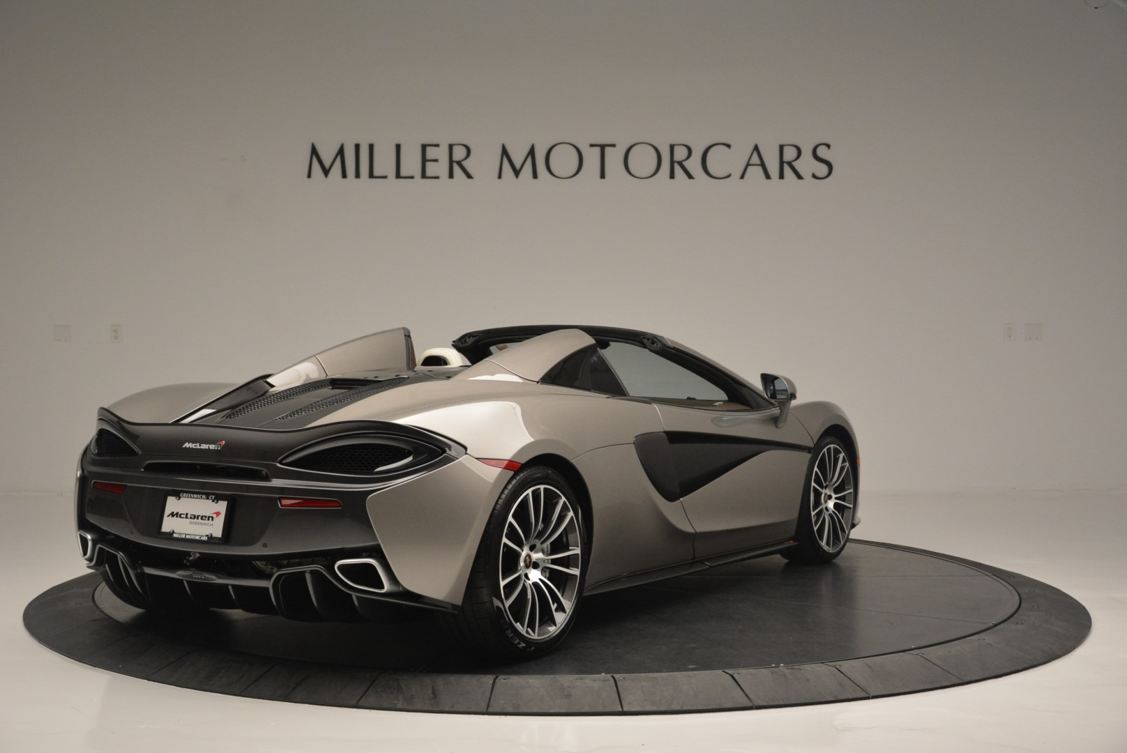 New 2018 McLaren 570S Spider For Sale In Greenwich, CT. Alfa Romeo of Greenwich, MC361 2387_p7