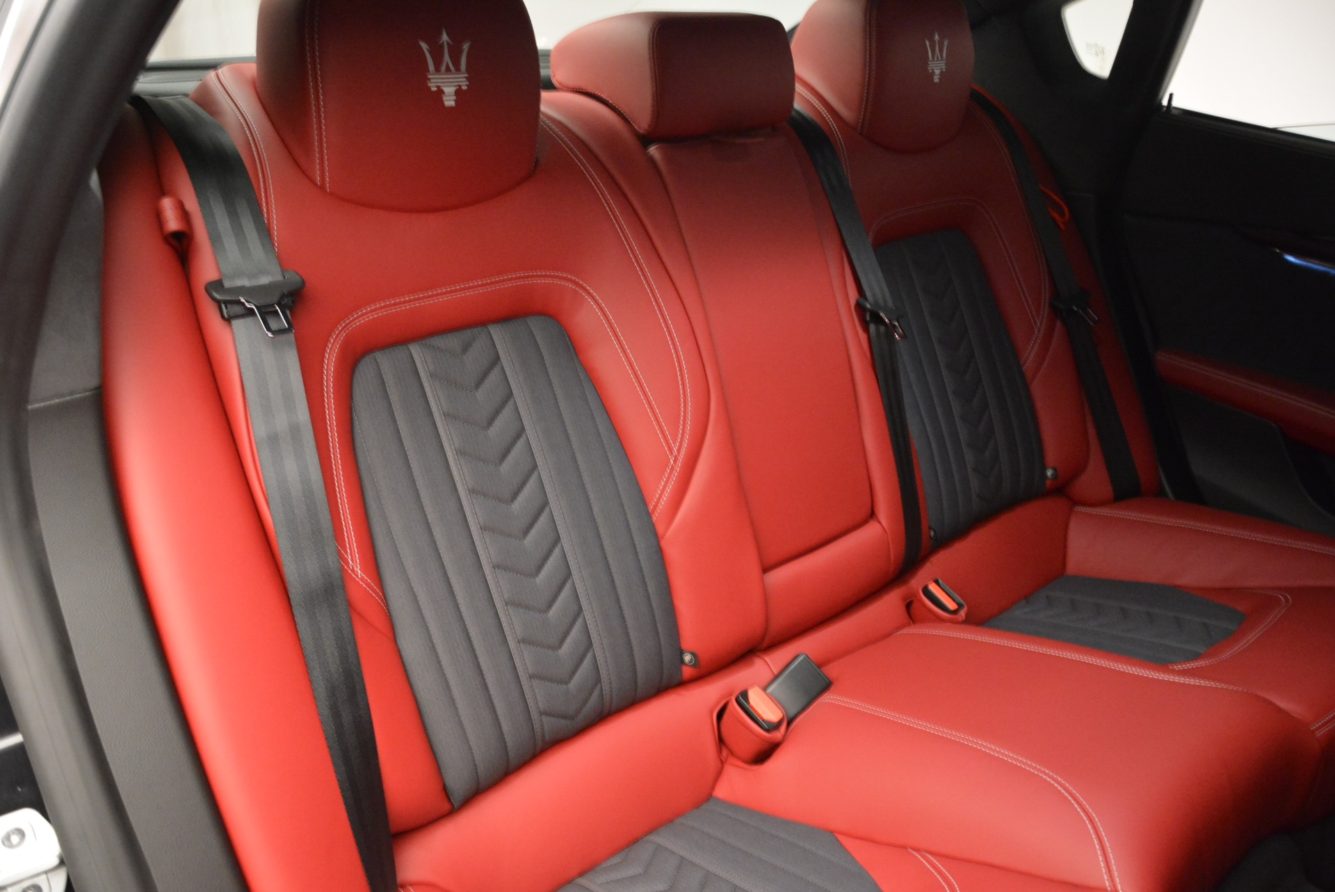 New 2018 Maserati Quattroporte S Q4 GranLusso For Sale In Greenwich, CT. Alfa Romeo of Greenwich, M2175 2390_p25