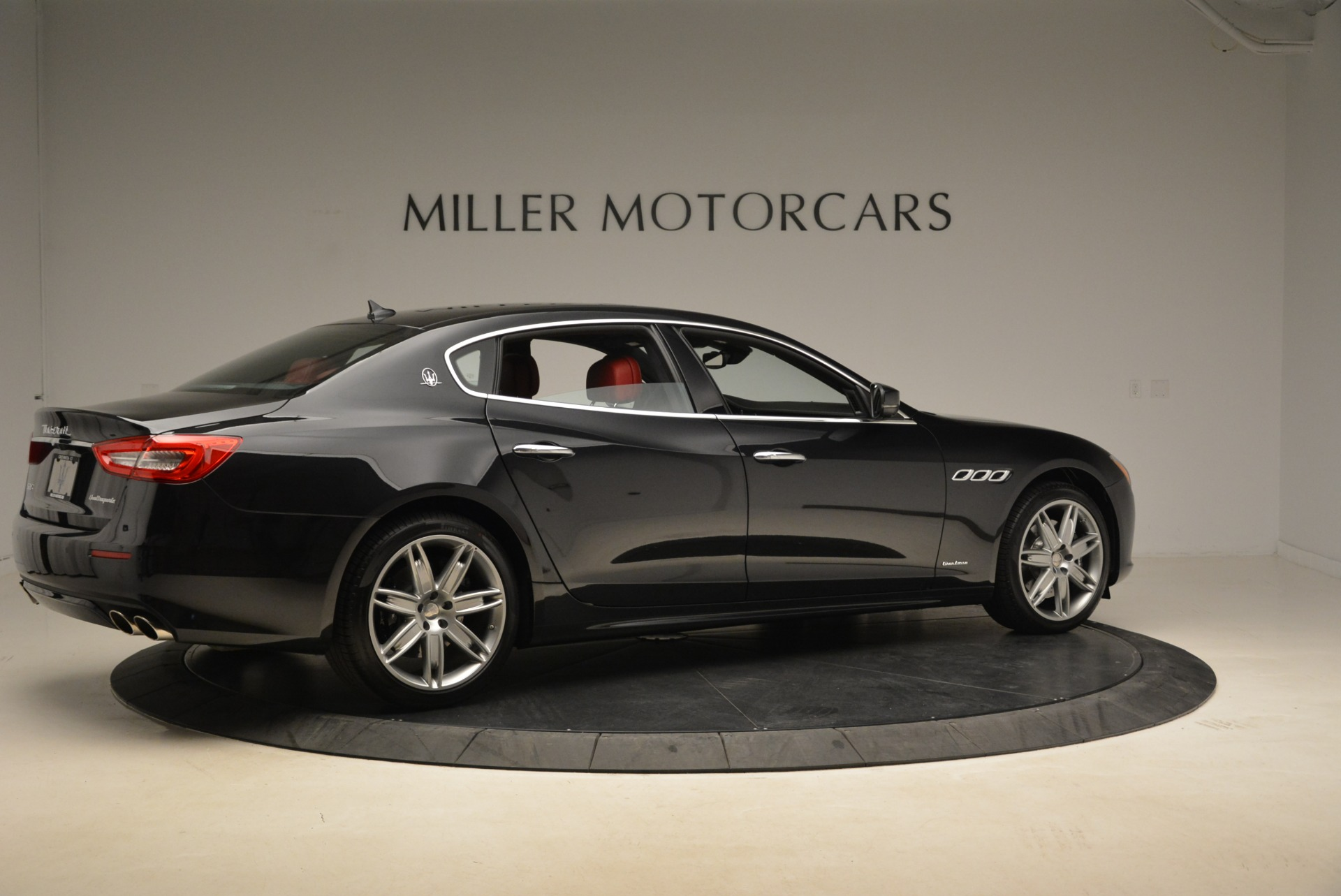 New 2018 Maserati Quattroporte S Q4 GranLusso For Sale In Greenwich, CT. Alfa Romeo of Greenwich, M2175 2390_p8