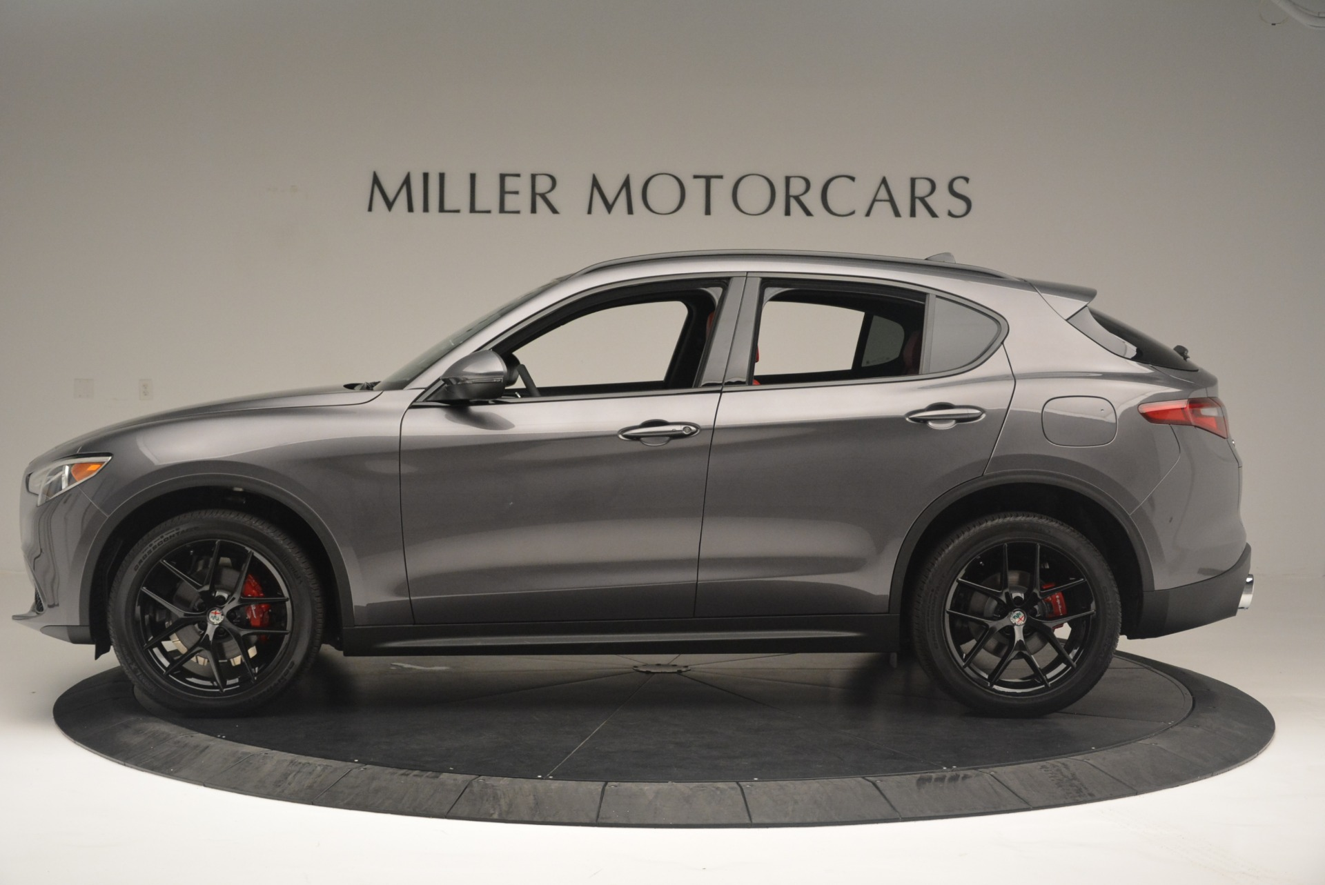 New 2018 Alfa Romeo Stelvio Ti Sport Q4 For Sale In Greenwich, CT. Alfa Romeo of Greenwich, LW202 2393_p3
