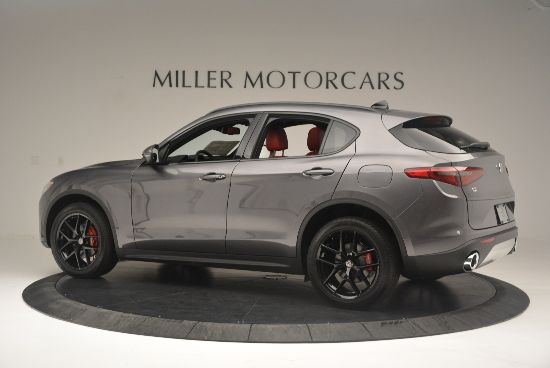 New 2018 Alfa Romeo Stelvio Ti Sport Q4 For Sale In Greenwich, CT. Alfa Romeo of Greenwich, LW202 2393_p4