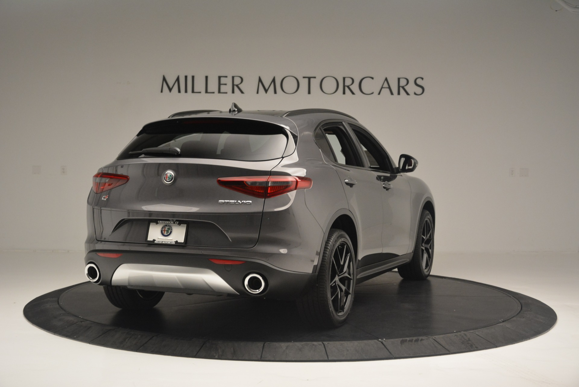 New 2018 Alfa Romeo Stelvio Ti Sport Q4 For Sale In Greenwich, CT. Alfa Romeo of Greenwich, LW202 2393_p7