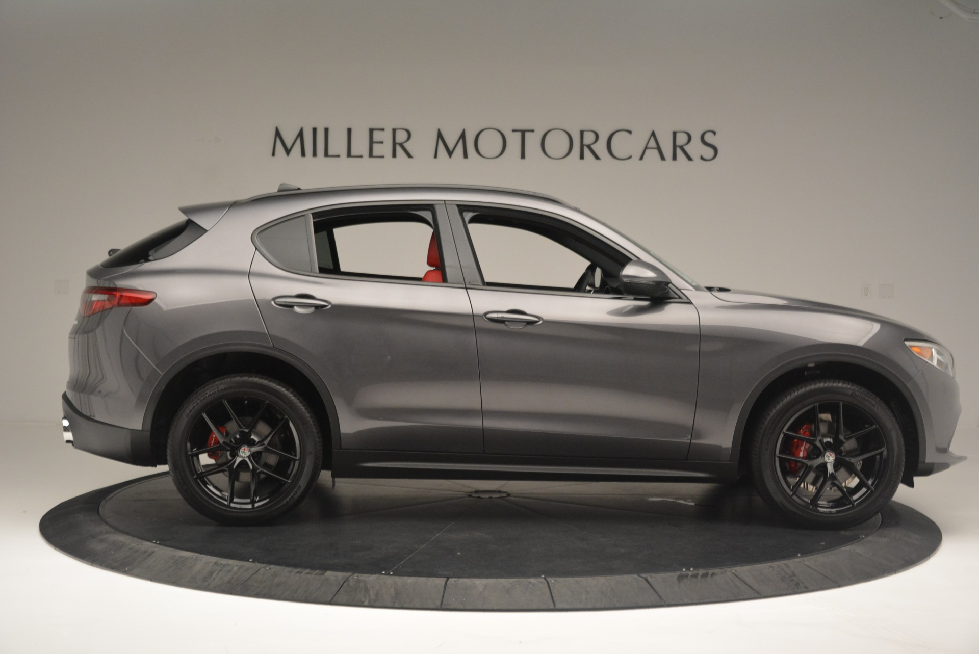 New 2018 Alfa Romeo Stelvio Ti Sport Q4 For Sale In Greenwich, CT. Alfa Romeo of Greenwich, LW202 2393_p8