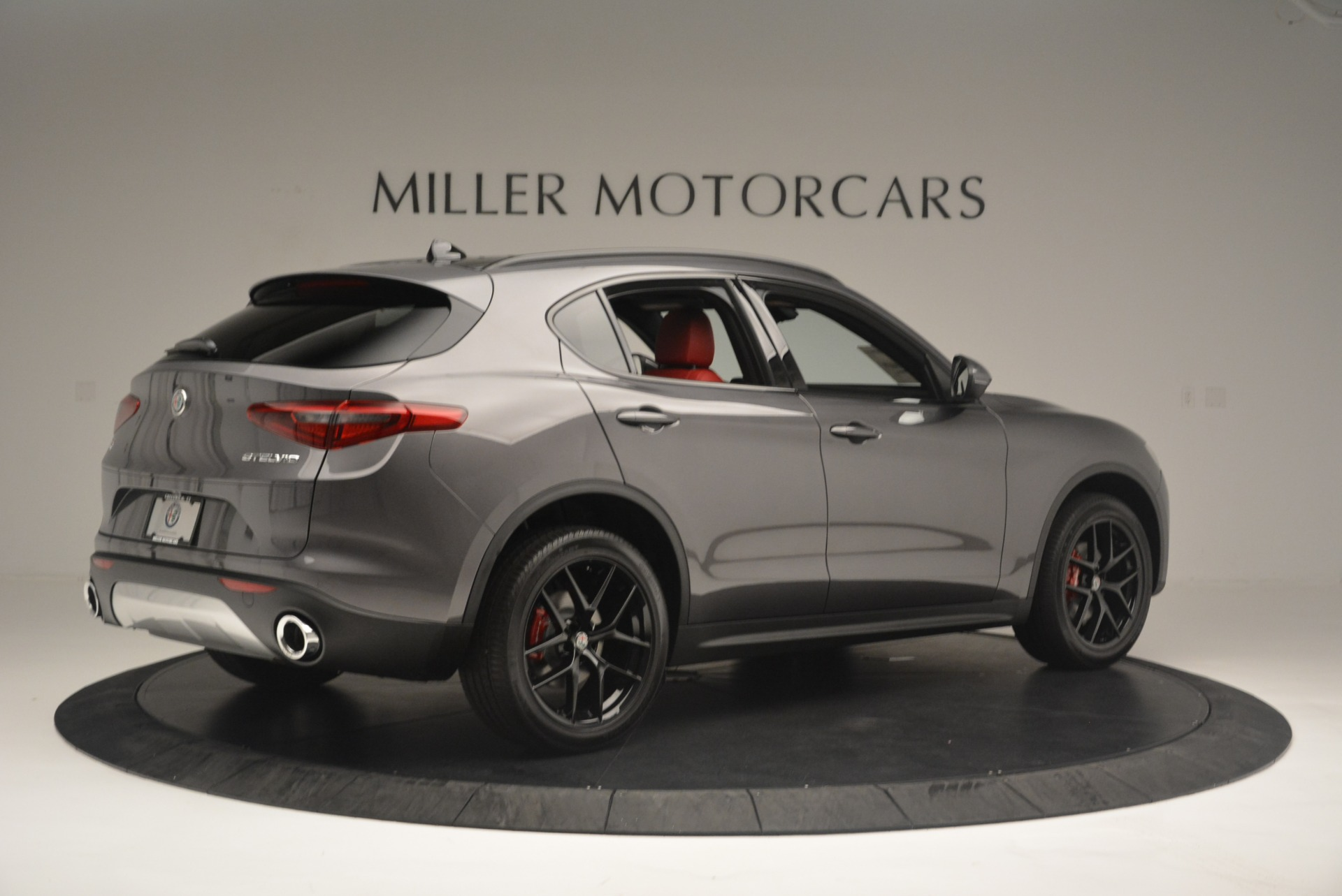New 2018 Alfa Romeo Stelvio Ti Sport Q4 For Sale In Greenwich, CT. Alfa Romeo of Greenwich, LW202 2393_p9