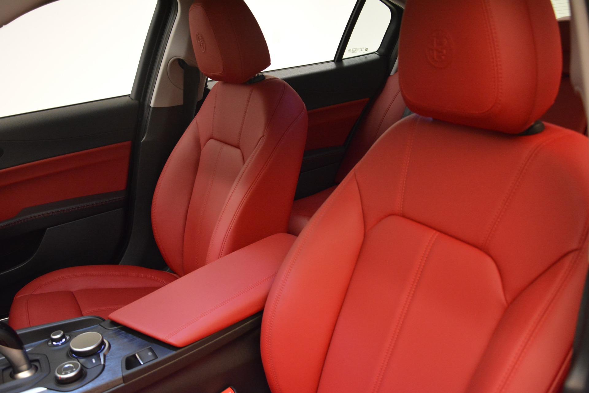 New 2018 Alfa Romeo Giulia Q4 For Sale In Greenwich, CT. Alfa Romeo of Greenwich, LW200 2395_p15