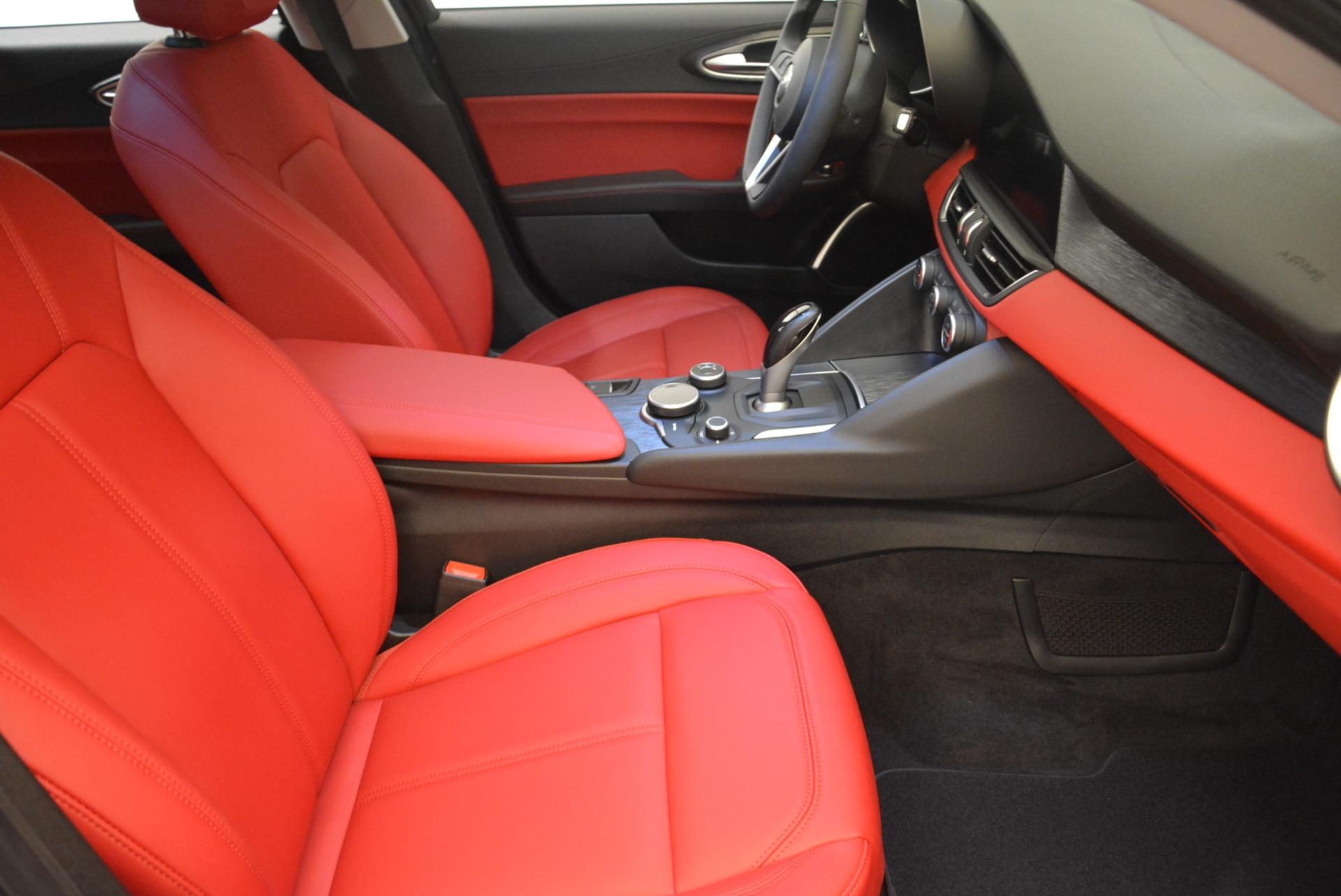 New 2018 Alfa Romeo Giulia Q4 For Sale In Greenwich, CT. Alfa Romeo of Greenwich, LW200 2395_p20