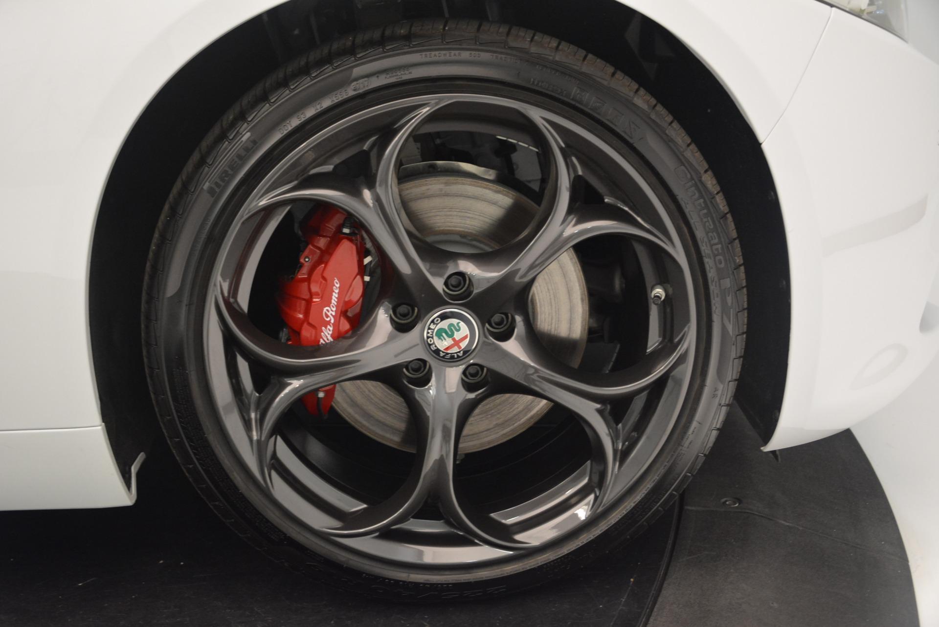 New 2018 Alfa Romeo Giulia Ti Sport Q4 For Sale In Greenwich, CT. Alfa Romeo of Greenwich, L437 2399_p25