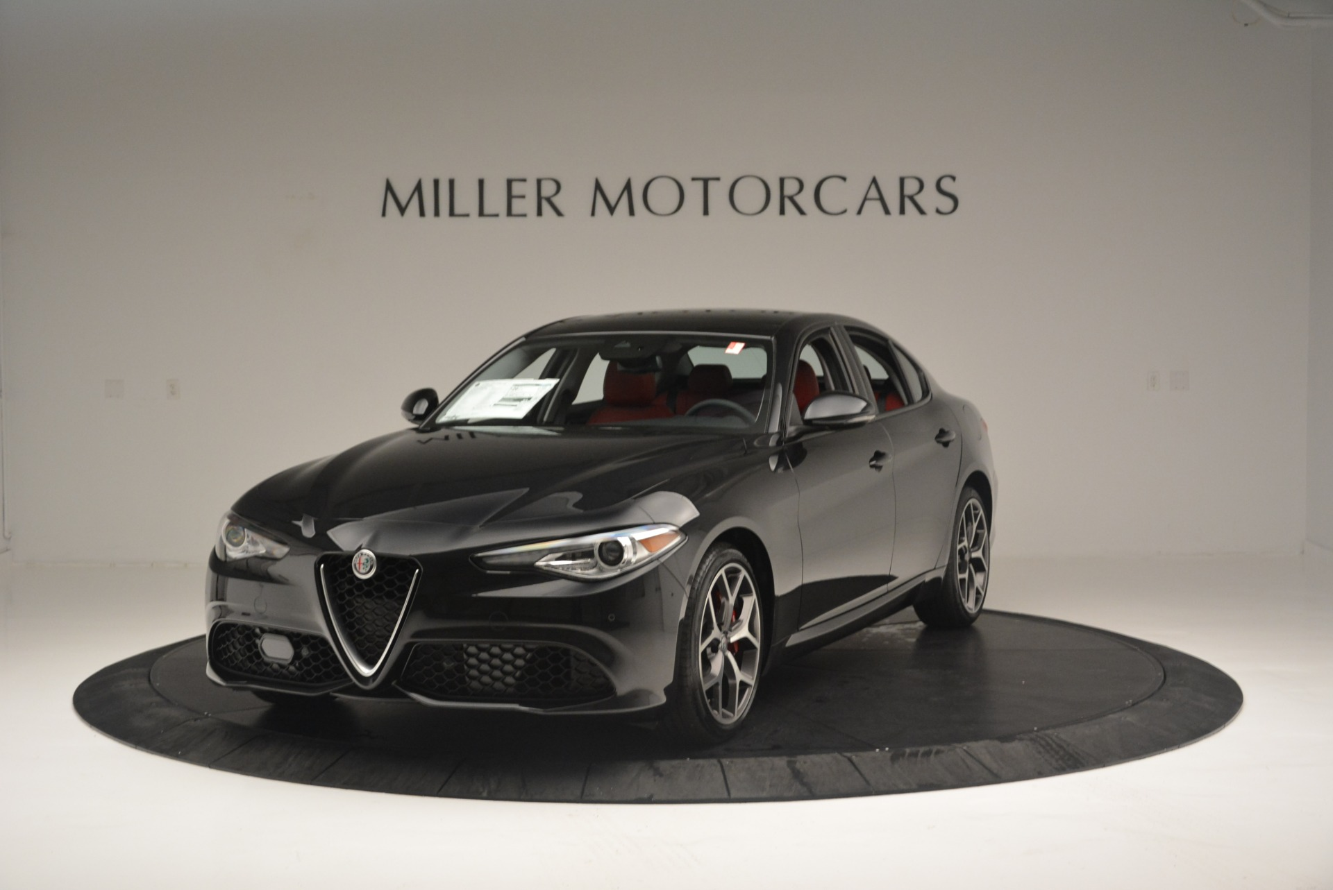New 2018 Alfa Romeo Giulia Ti Sport Q4 For Sale In Greenwich, CT. Alfa Romeo of Greenwich, L436