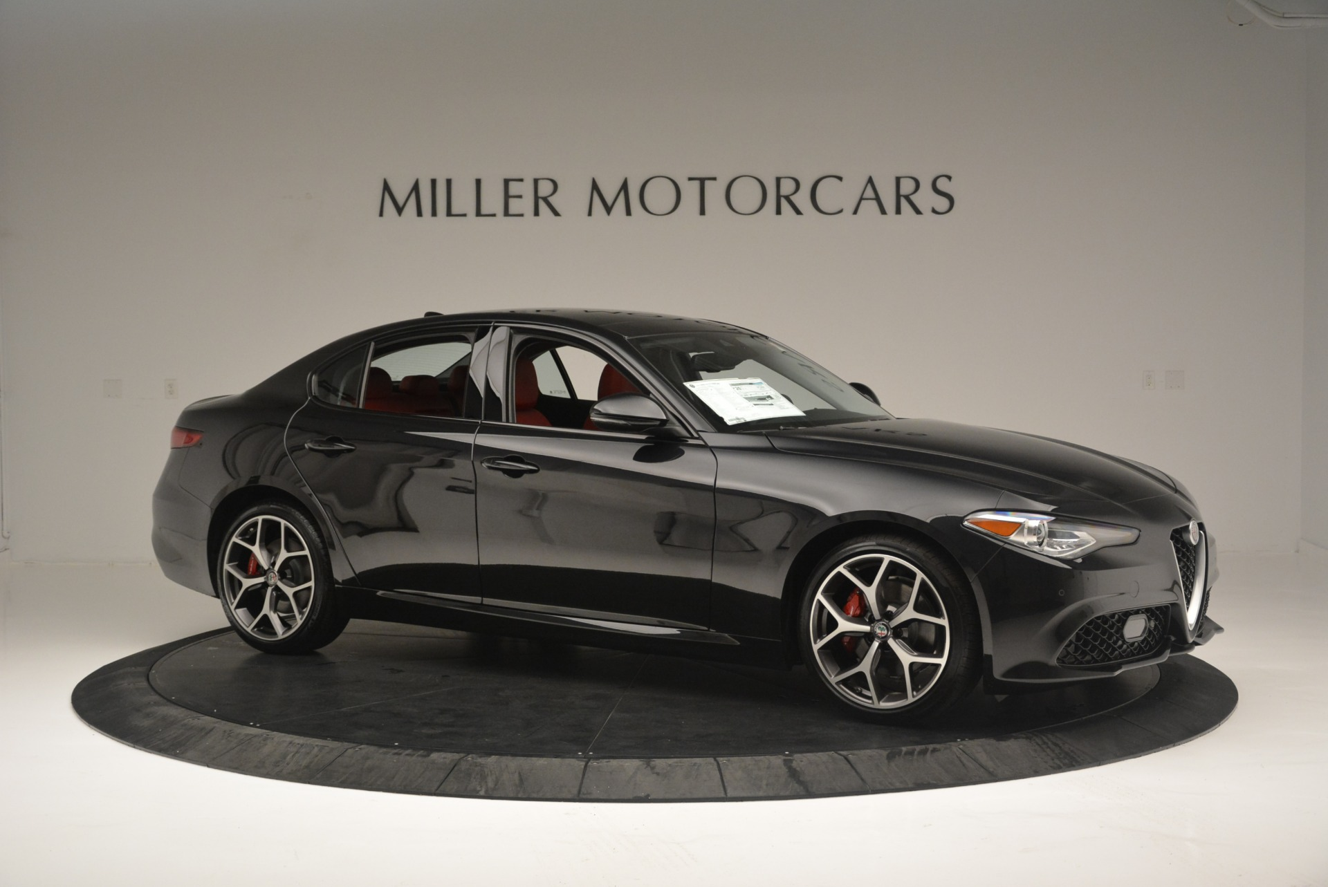 New 2018 Alfa Romeo Giulia Ti Sport Q4 For Sale In Greenwich, CT. Alfa Romeo of Greenwich, L436 2400_p10