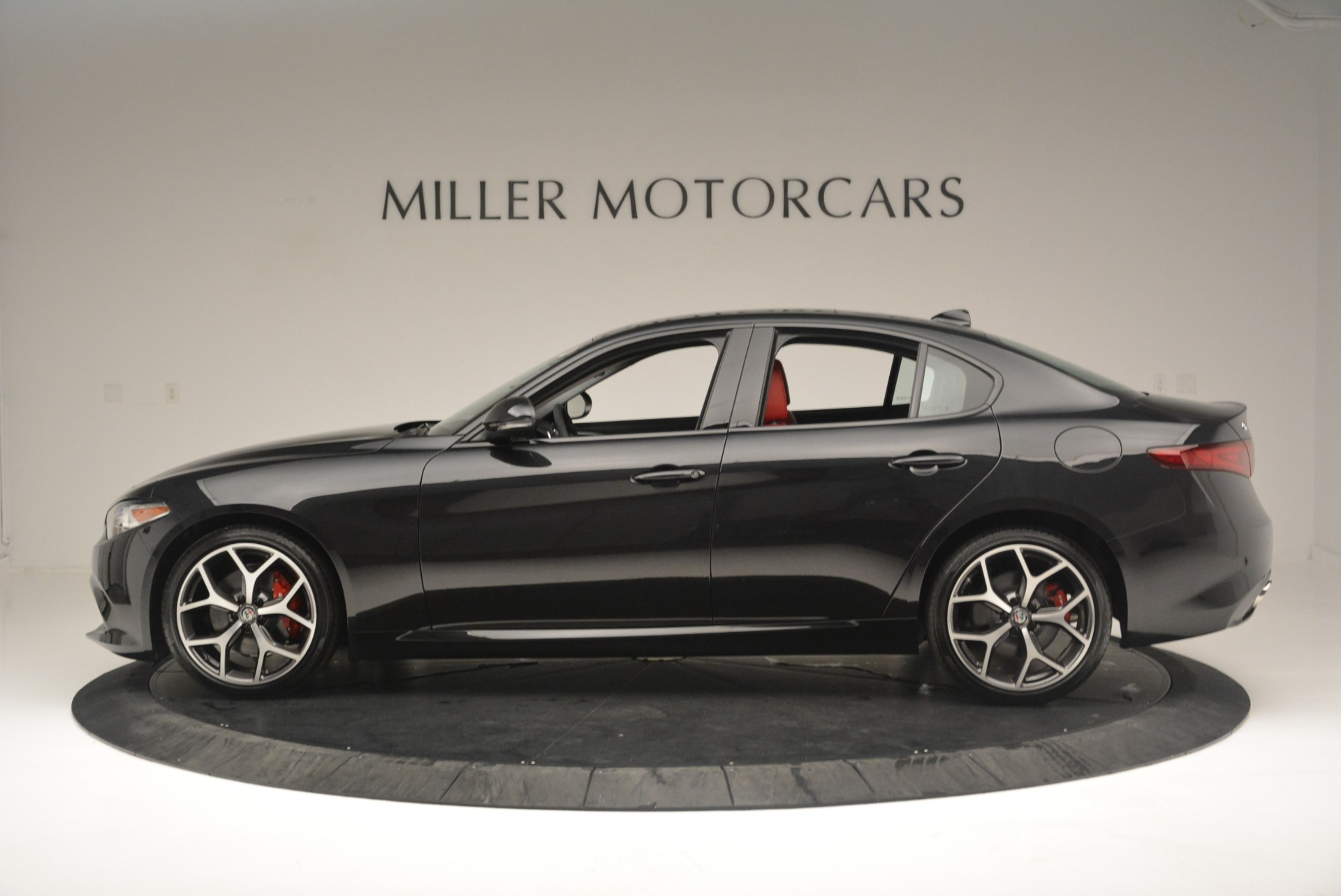 New 2018 Alfa Romeo Giulia Ti Sport Q4 For Sale In Greenwich, CT. Alfa Romeo of Greenwich, L436 2400_p3