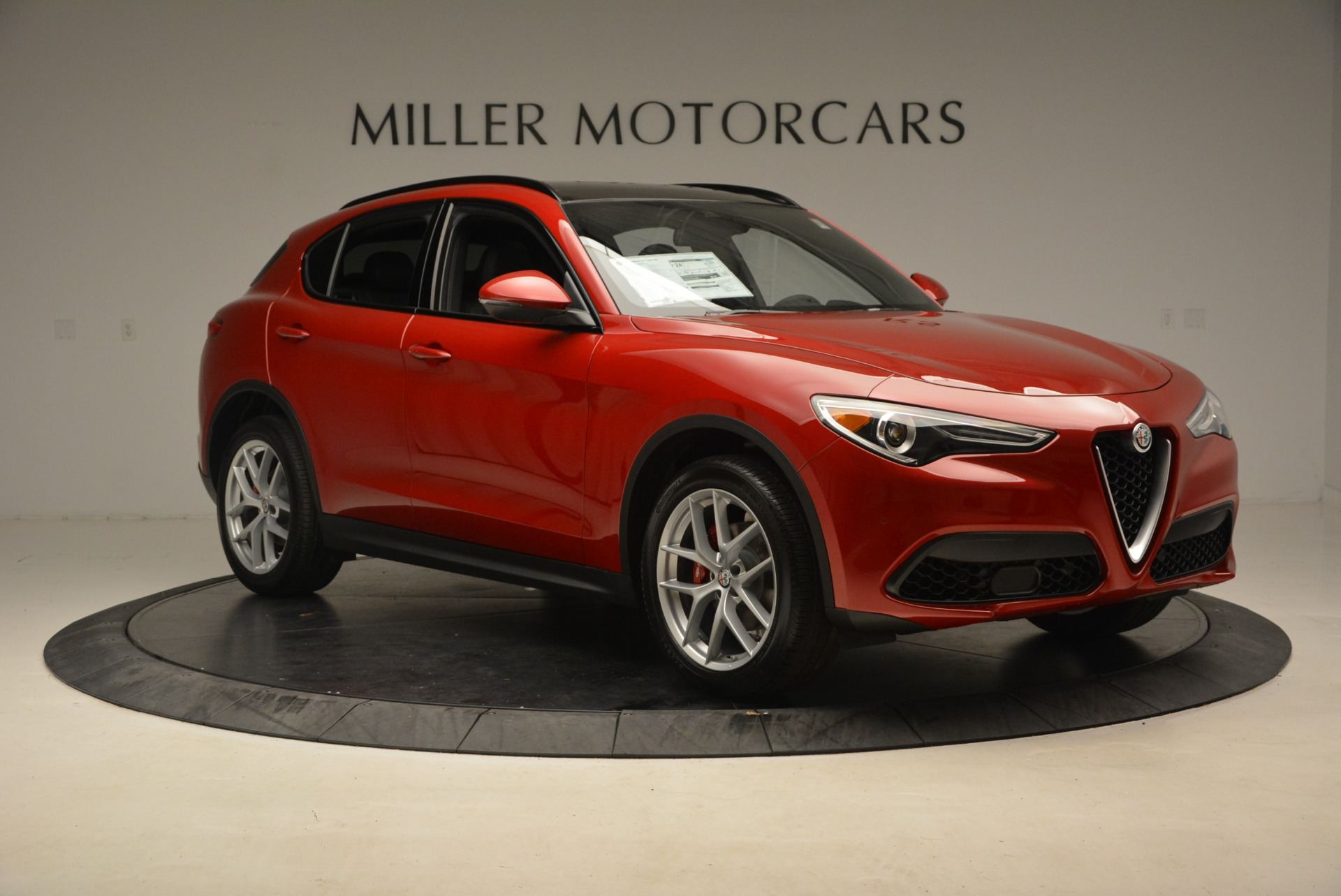 New 2018 Alfa Romeo Stelvio Ti Sport Q4 For Sale In Greenwich, CT. Alfa Romeo of Greenwich, L444 2407_p11