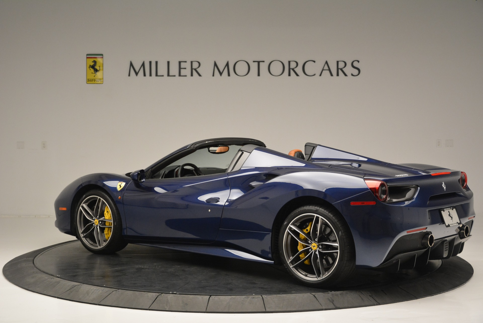 Used 2016 Ferrari 488 Spider  For Sale In Greenwich, CT. Alfa Romeo of Greenwich, 4490A 2411_p4