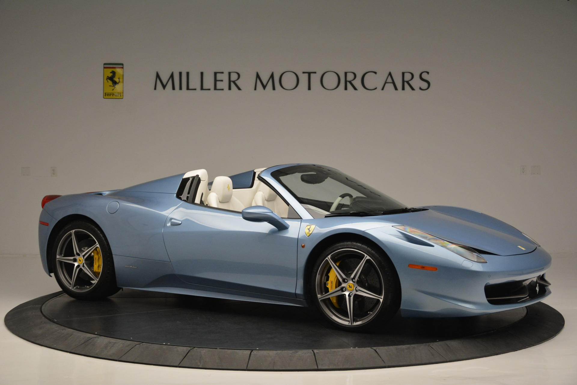 Used 2012 Ferrari 458 Spider  For Sale In Greenwich, CT. Alfa Romeo of Greenwich, 4492 2413_p10