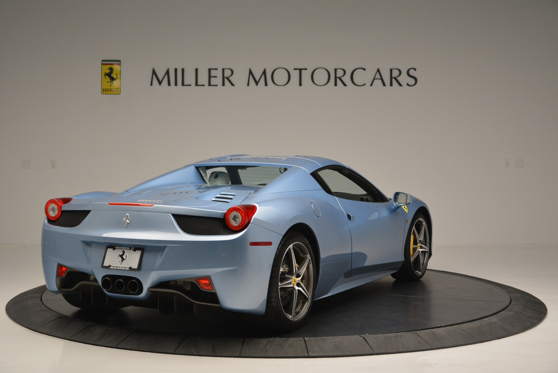 Used 2012 Ferrari 458 Spider  For Sale In Greenwich, CT. Alfa Romeo of Greenwich, 4492 2413_p19