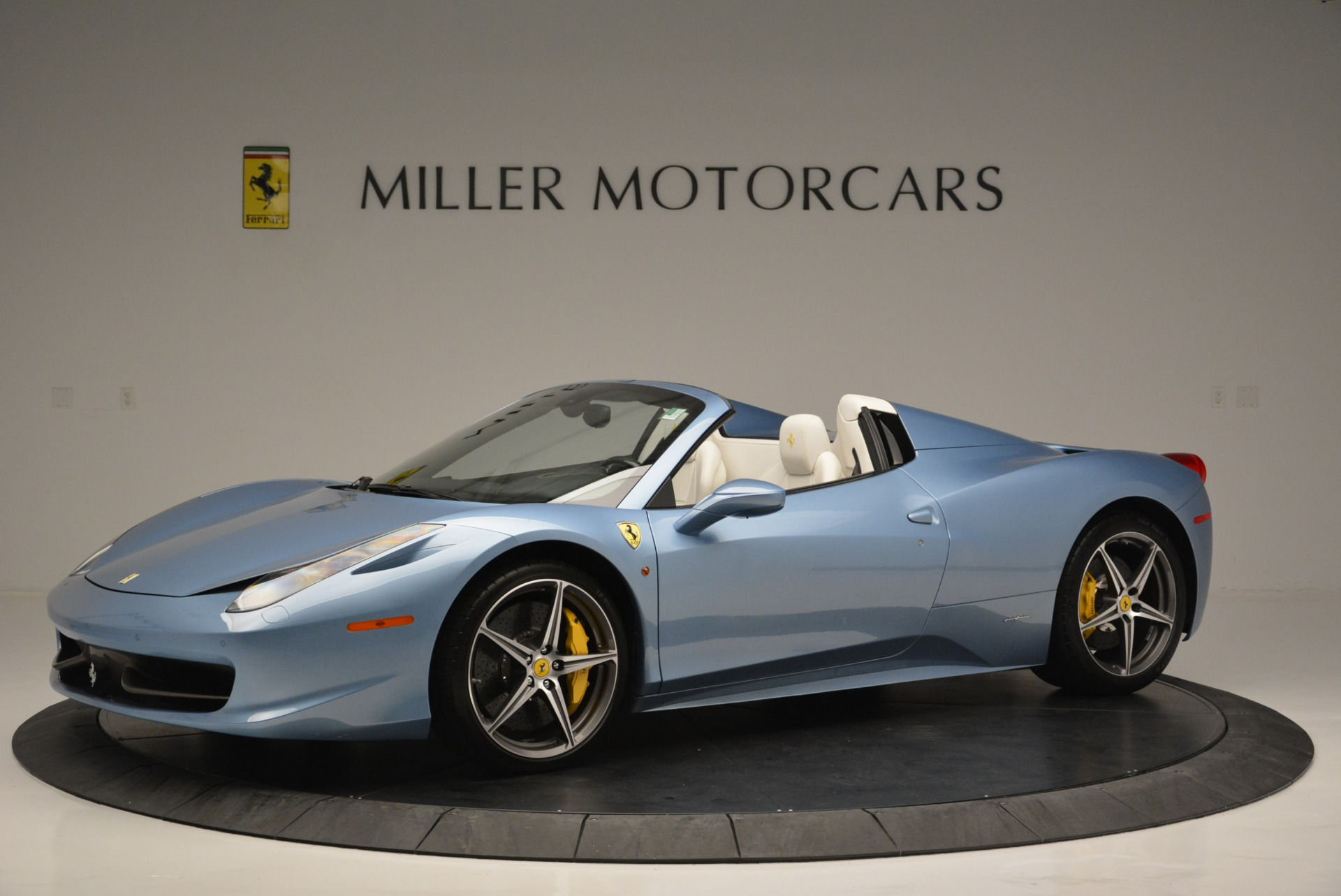 Used 2012 Ferrari 458 Spider  For Sale In Greenwich, CT. Alfa Romeo of Greenwich, 4492 2413_p2