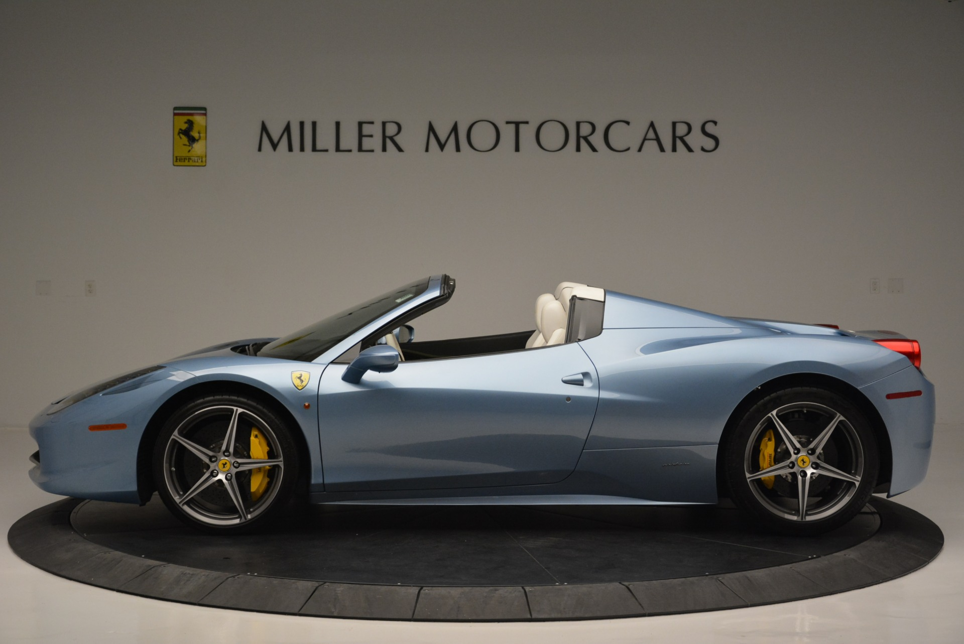 Used 2012 Ferrari 458 Spider  For Sale In Greenwich, CT. Alfa Romeo of Greenwich, 4492 2413_p3