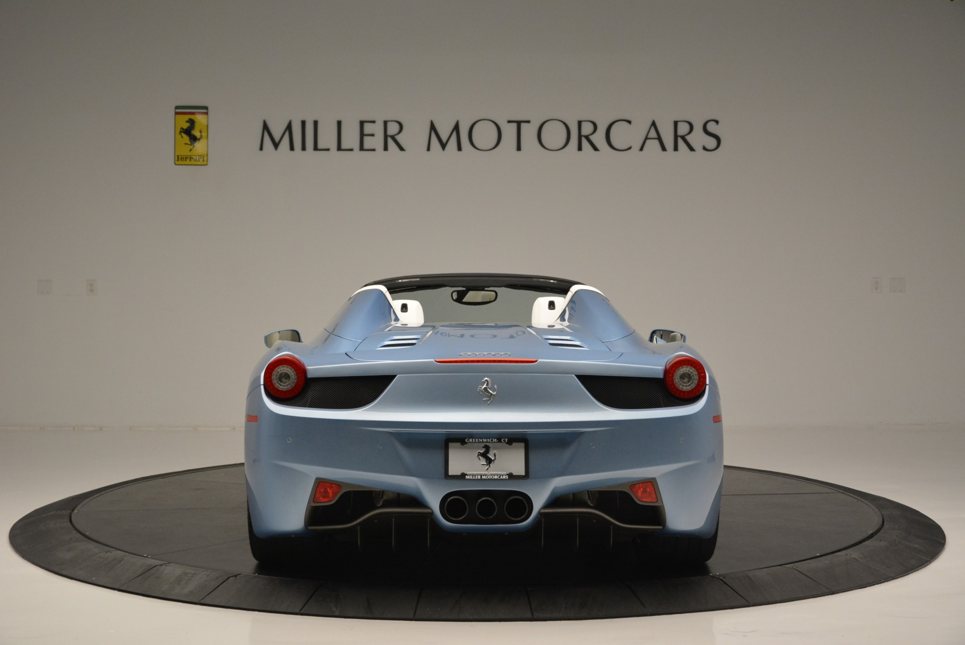 Used 2012 Ferrari 458 Spider  For Sale In Greenwich, CT. Alfa Romeo of Greenwich, 4492 2413_p6