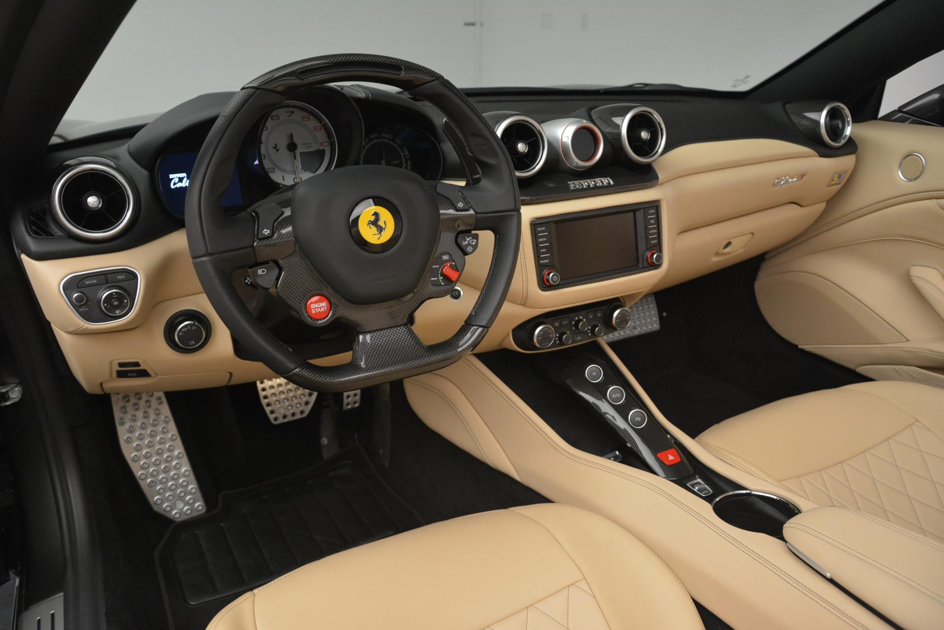 Used 2015 Ferrari California T  For Sale In Greenwich, CT. Alfa Romeo of Greenwich, 4493 2415_p25