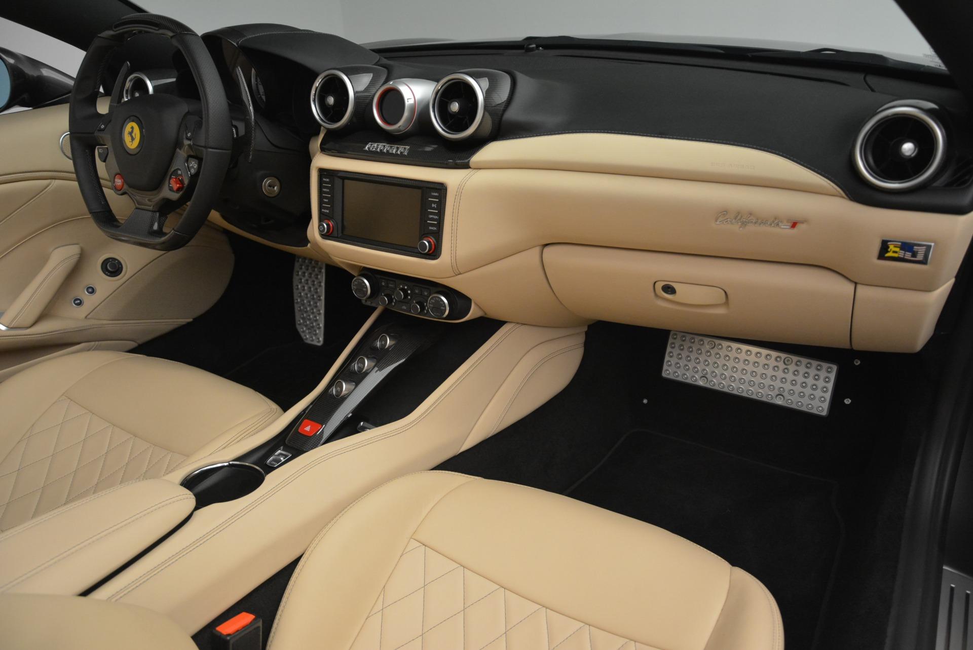 Used 2015 Ferrari California T  For Sale In Greenwich, CT. Alfa Romeo of Greenwich, 4493 2415_p30