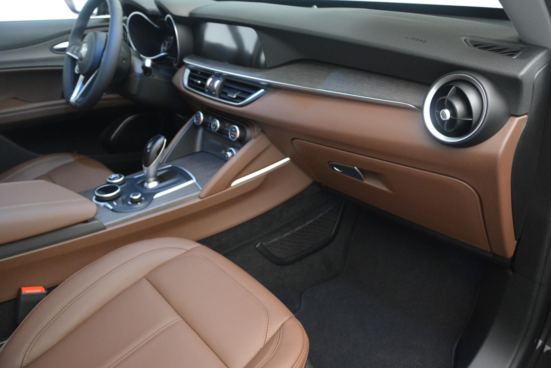 New 2018 Alfa Romeo Stelvio Ti Q4 For Sale In Greenwich, CT. Alfa Romeo of Greenwich, LW209 2417_p19