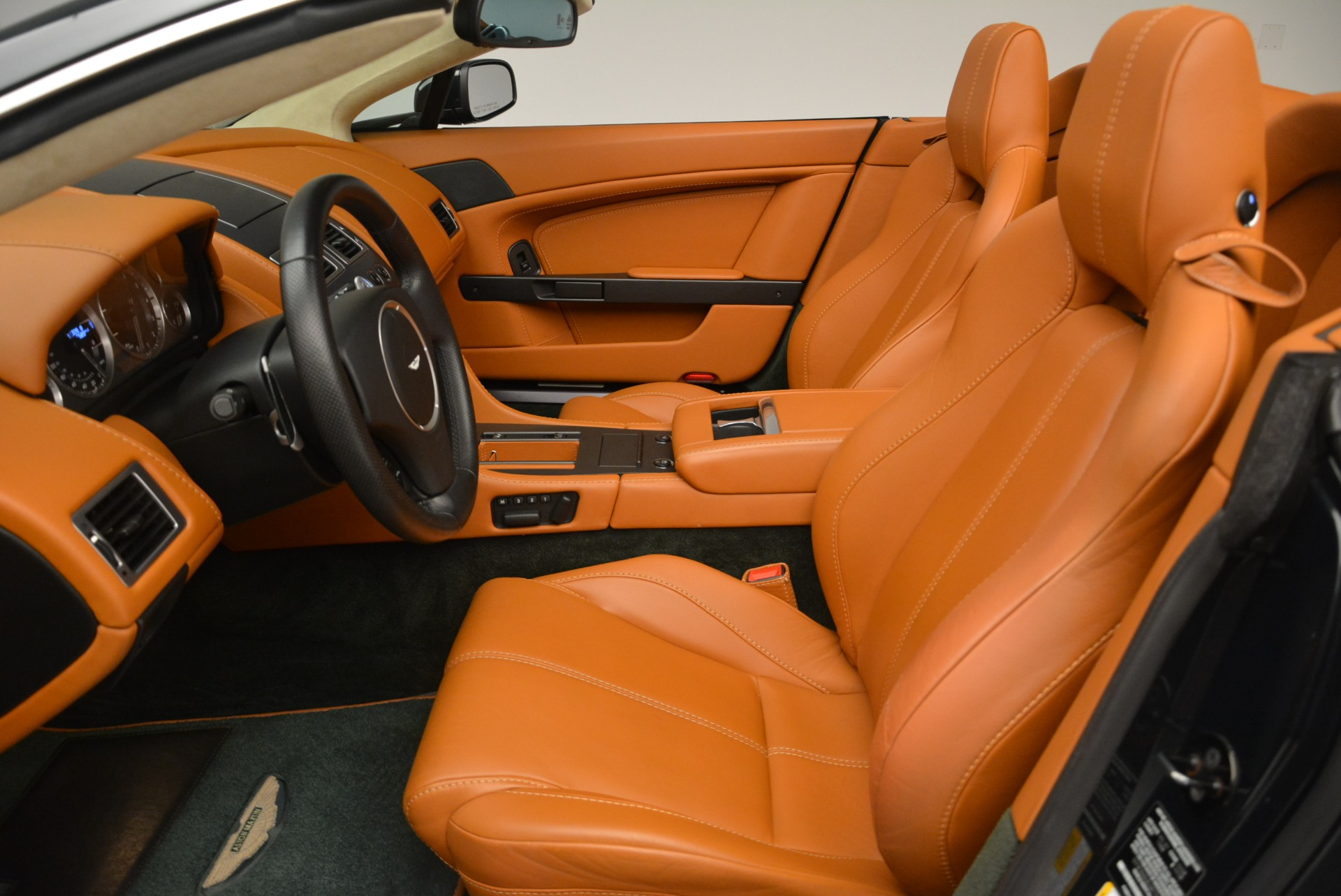Used 2008 Aston Martin V8 Vantage Roadster For Sale In Greenwich, CT. Alfa Romeo of Greenwich, 7403 2422_p16
