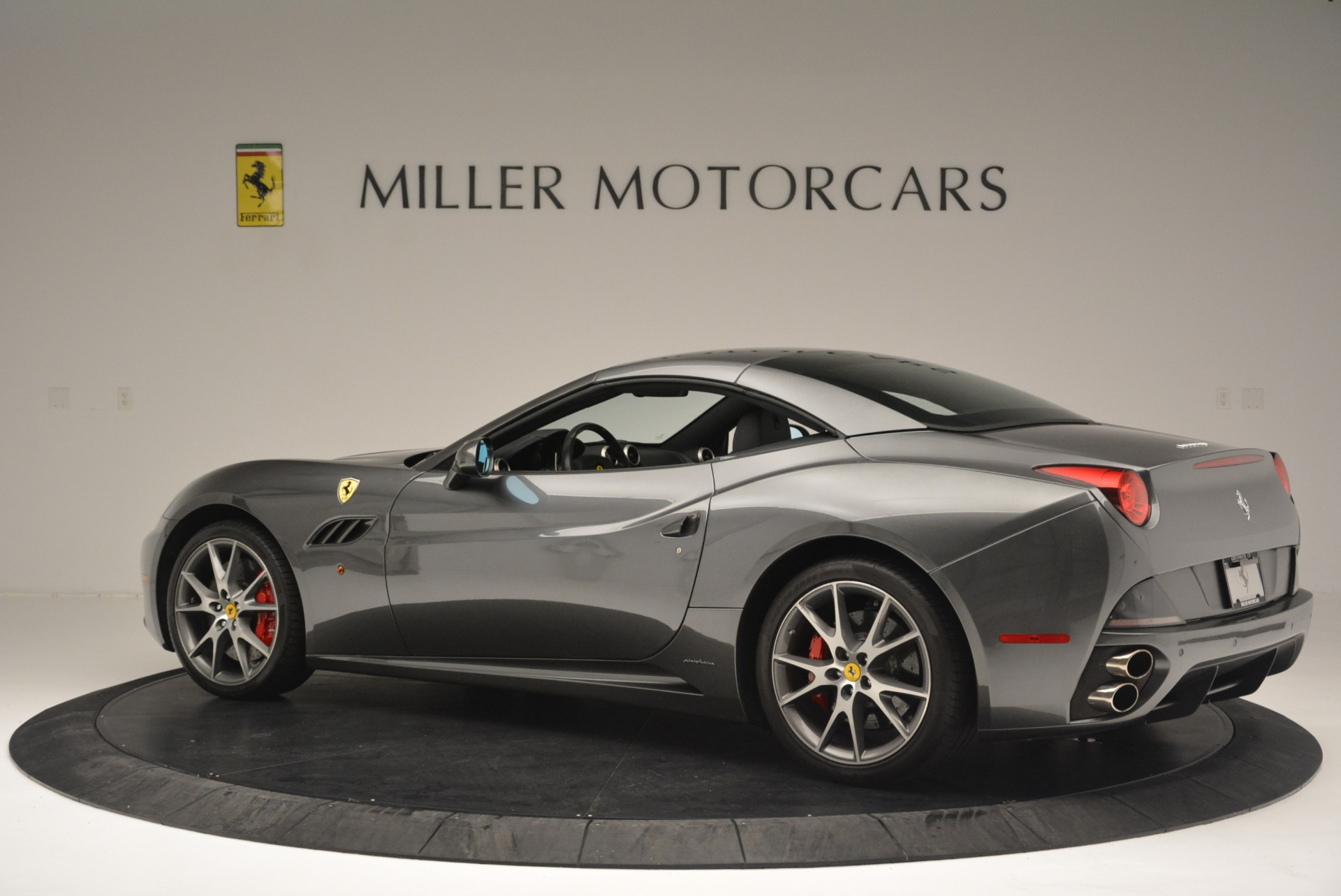 Used 2010 Ferrari California  For Sale In Greenwich, CT. Alfa Romeo of Greenwich, 4494 2424_p16
