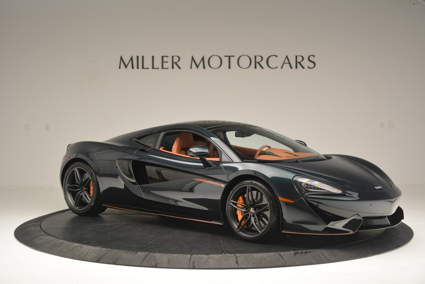 New 2018 McLaren 570GT Coupe For Sale In Greenwich, CT. Alfa Romeo of Greenwich, MC373 2425_p10
